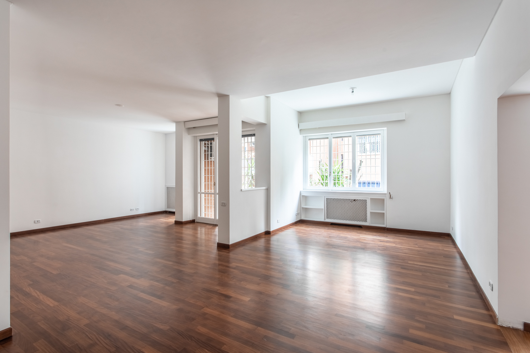 Appartamento in Vendita a Roma: 5 locali, 250 mq