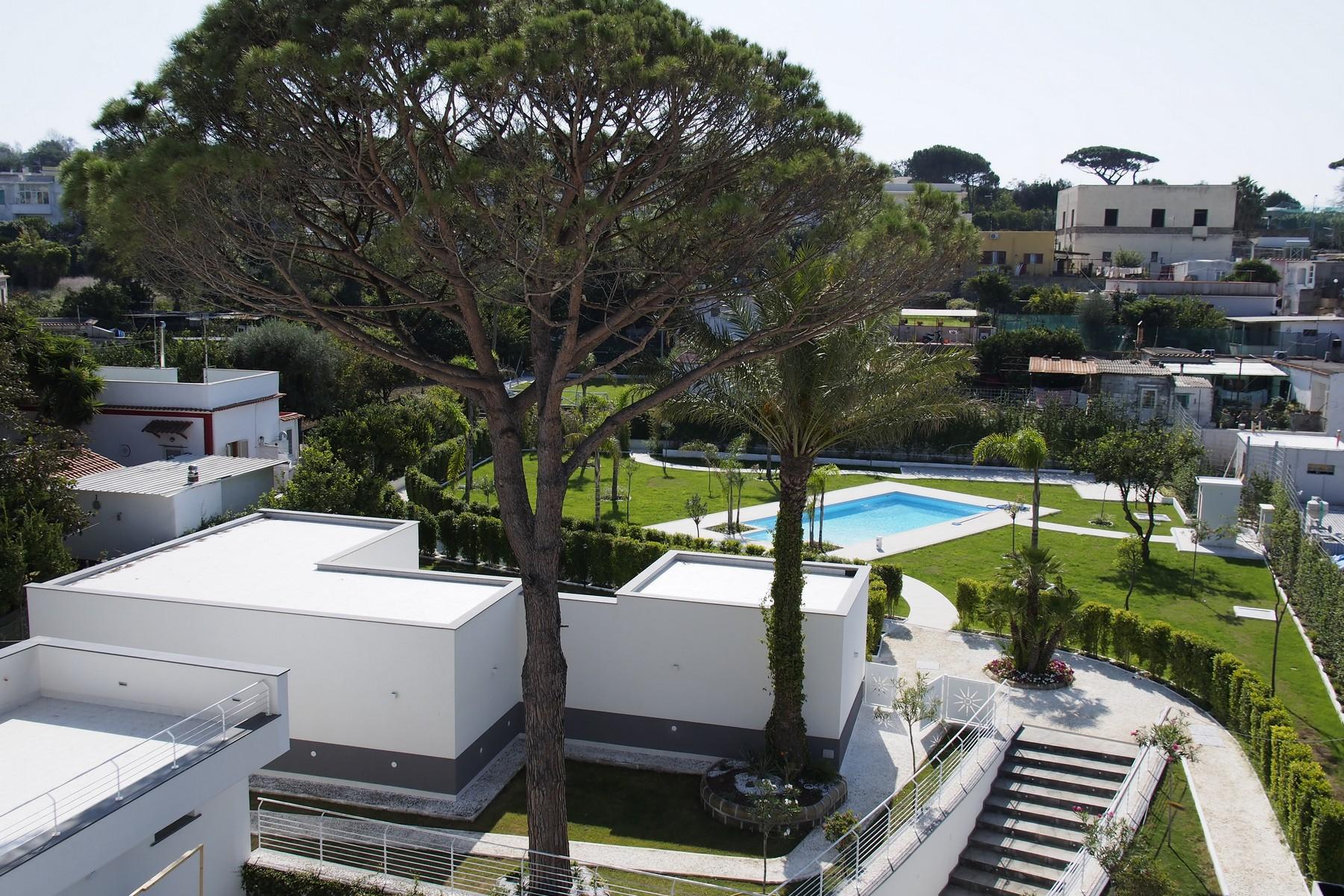 Appartamento in Vendita a Procida: 3 locali, 80 mq - Foto 2