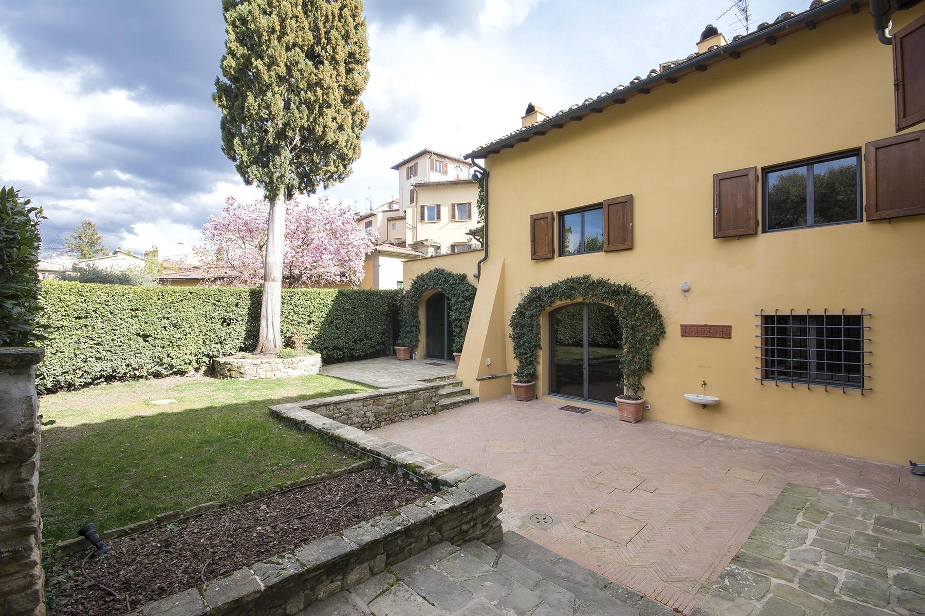 Casa indipendente in Affitto a Firenze: 5 locali, 350 mq - Foto 2