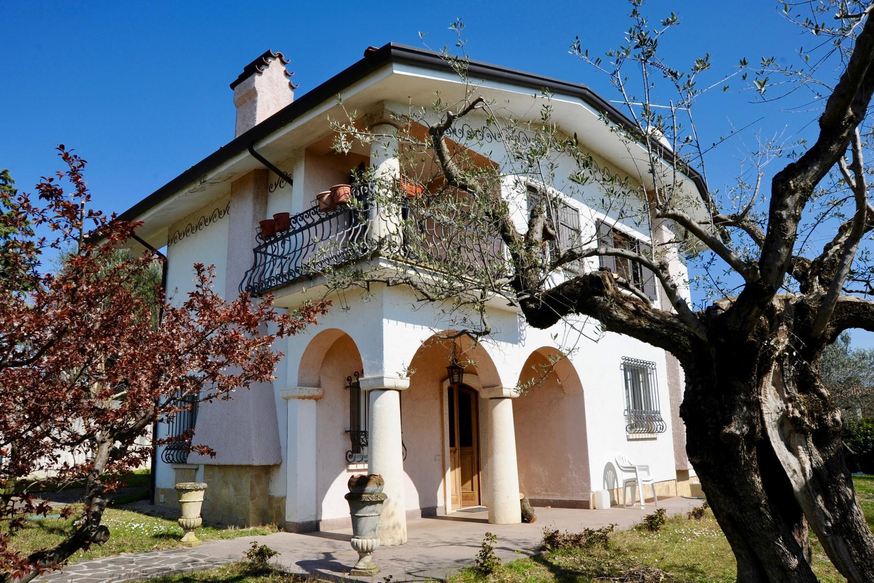 Casa indipendente in Vendita a Moniga Del Garda: 5 locali, 220 mq