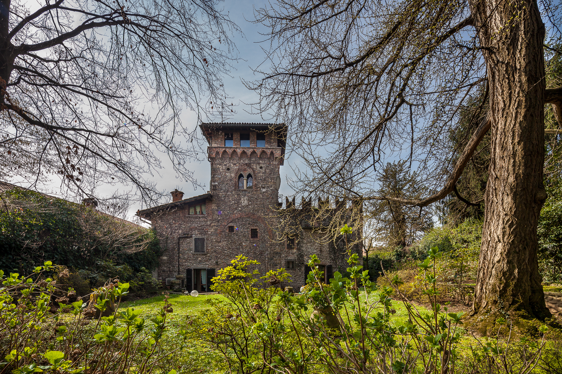 Villa in Vendita a Gorle via cesare battisti