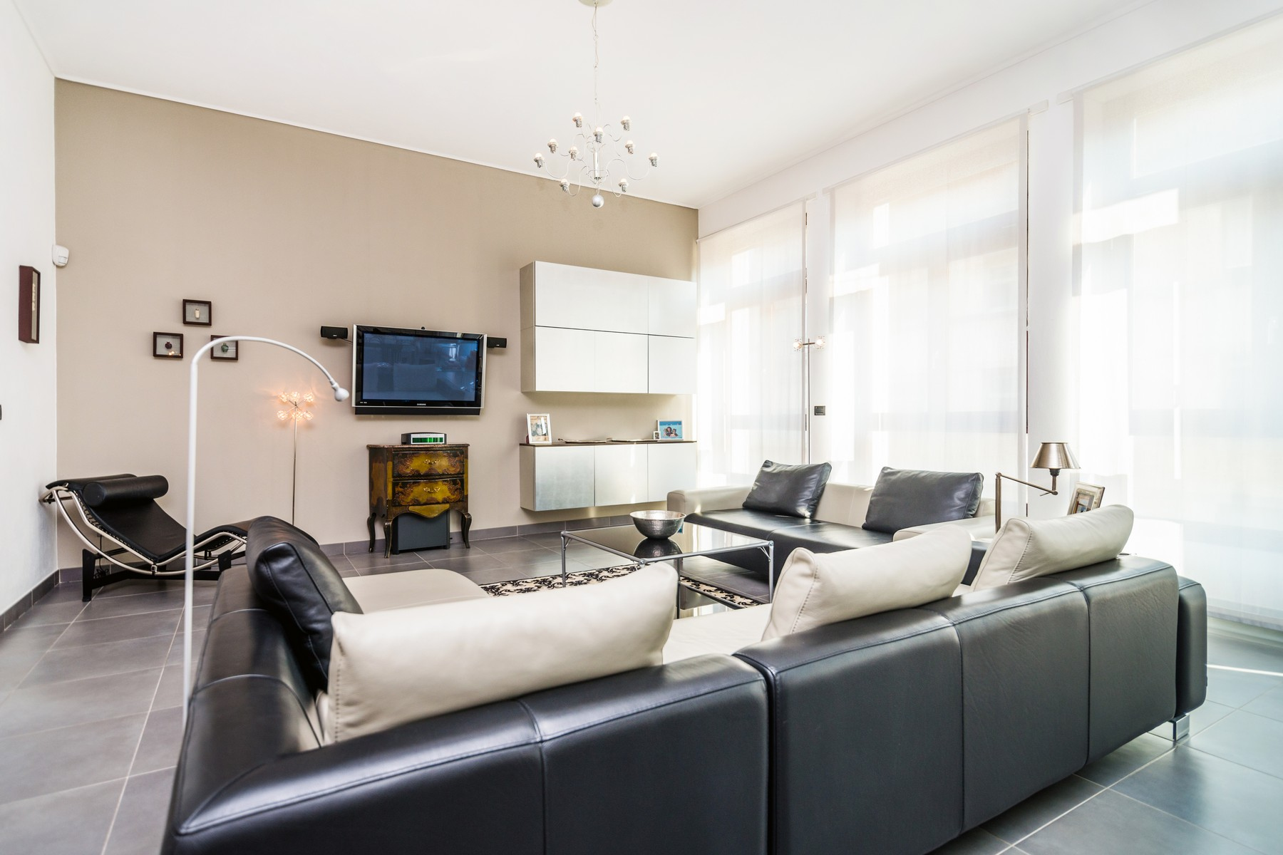 Appartamento in Affitto a Milano: 5 locali, 235 mq - Foto 2