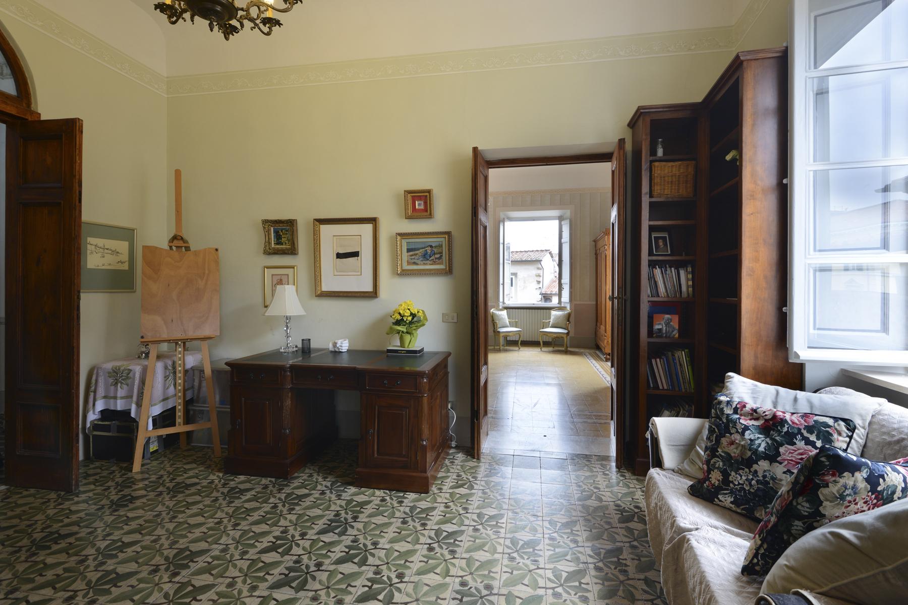 Appartamento in Vendita a Lucca: 5 locali, 200 mq - Foto 6