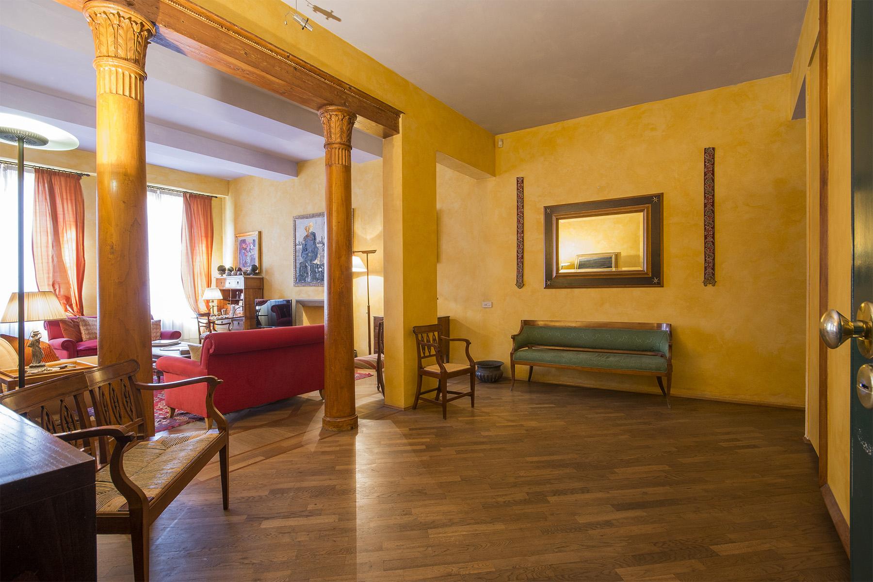 Appartamento in Vendita a Firenze: 5 locali, 208 mq - Foto 2
