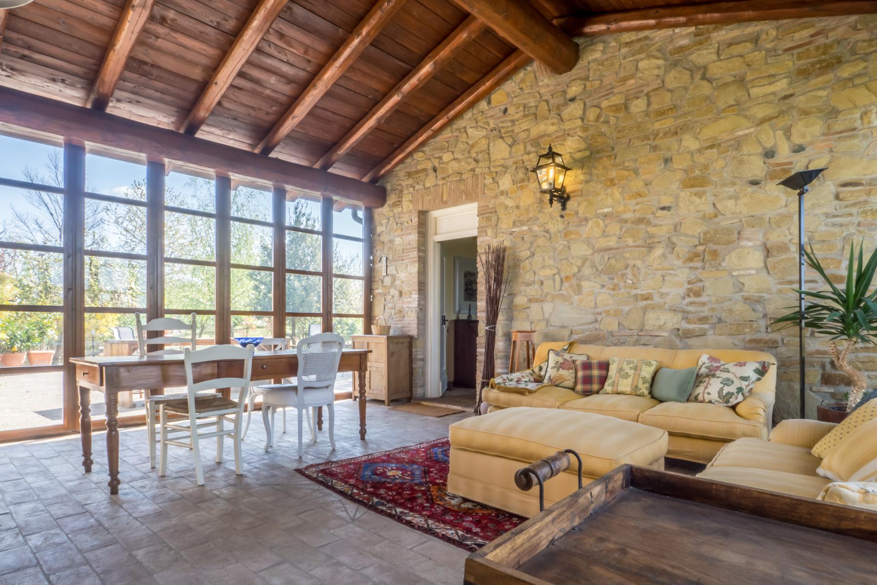 Rustico in Vendita a San Giorgio Monferrato: 5 locali, 550 mq