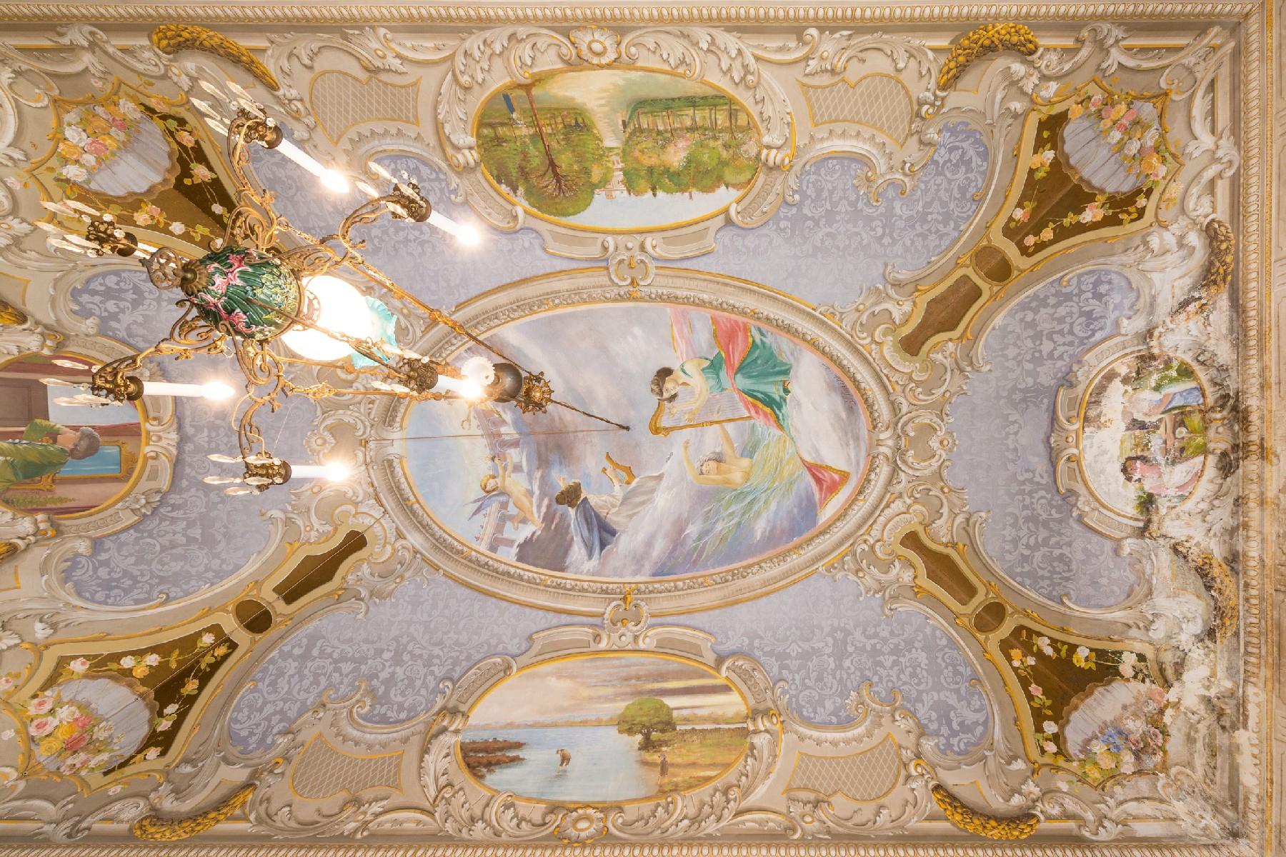 Palazzo in Vendita a Aradeo: 5 locali, 600 mq - Foto 5