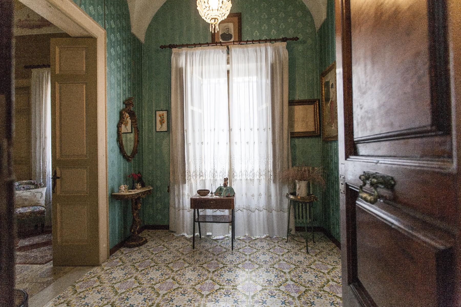 Palazzo in Vendita a Aradeo: 5 locali, 600 mq - Foto 9