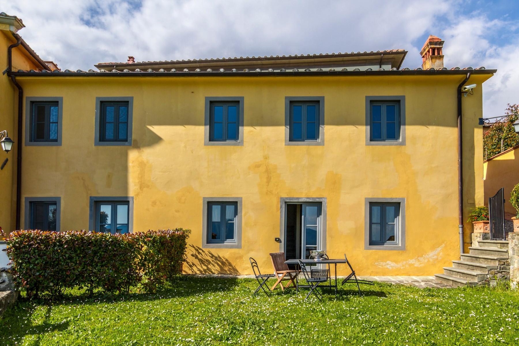 Appartamento in Vendita a Capannori: 4 locali, 1005 mq