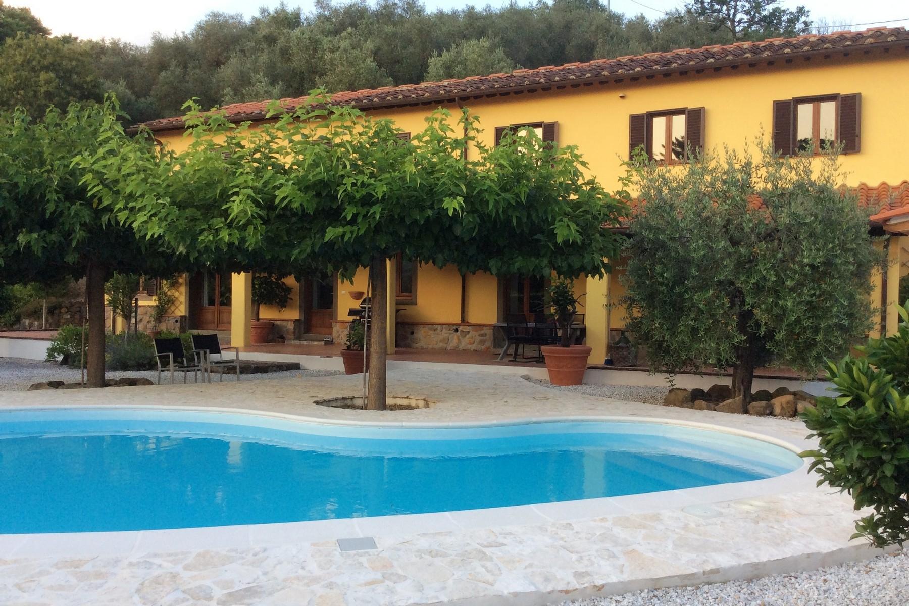 Villa in Vendita a Pescia: 5 locali, 291 mq - Foto 2