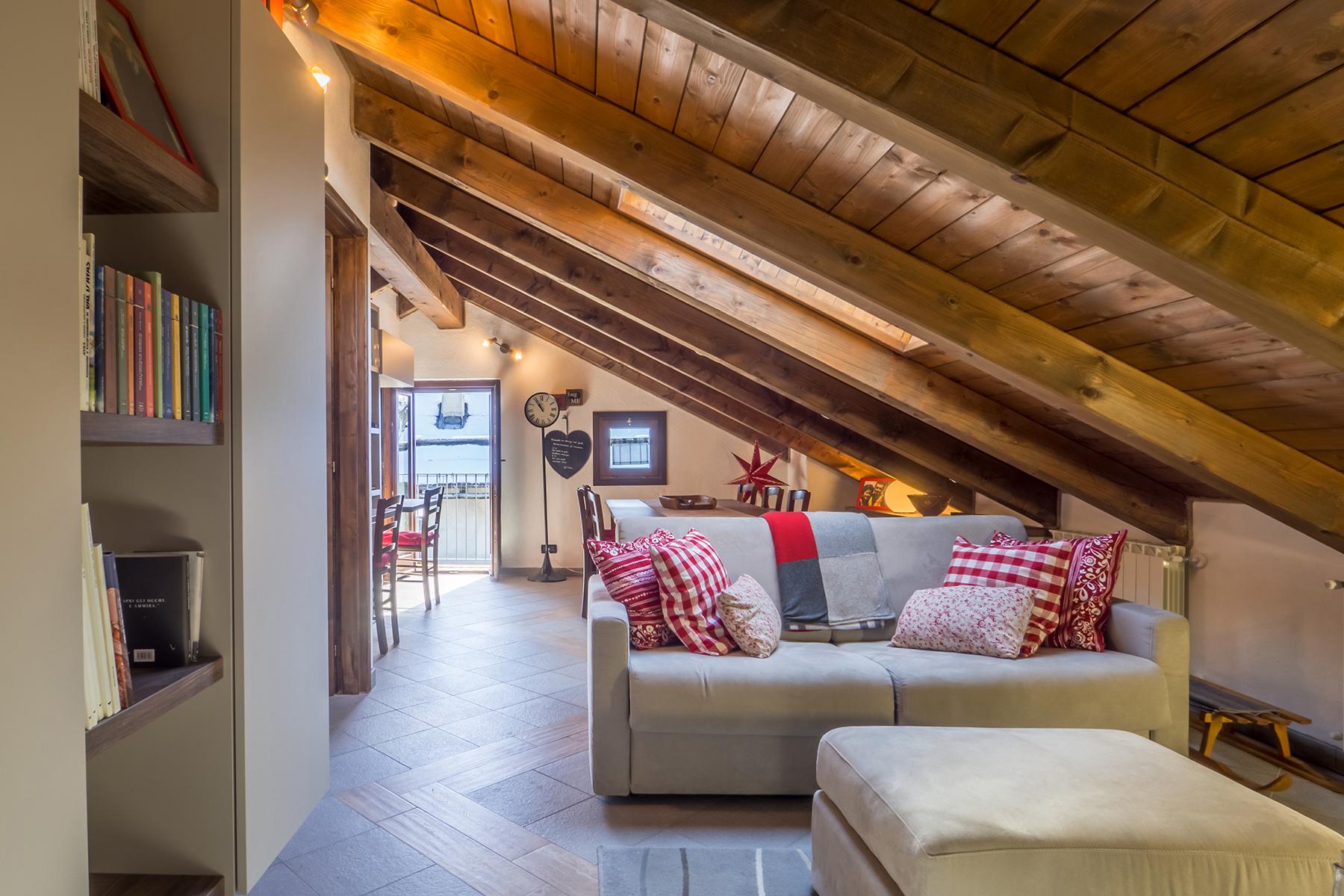 Appartamento in Vendita a Sauze Di Cesana: 5 locali, 101 mq