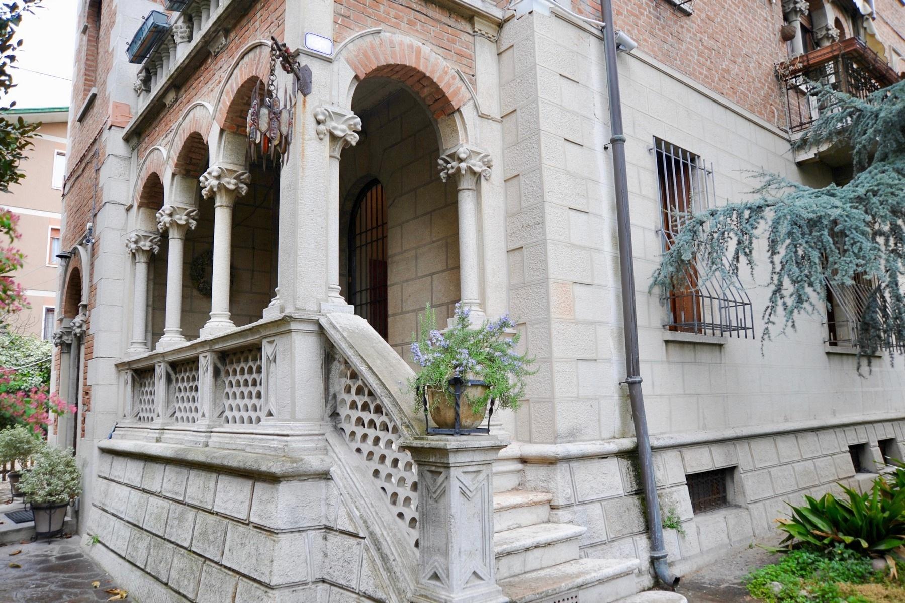 Appartamento in Vendita a Verona: 5 locali, 160 mq - Foto 2