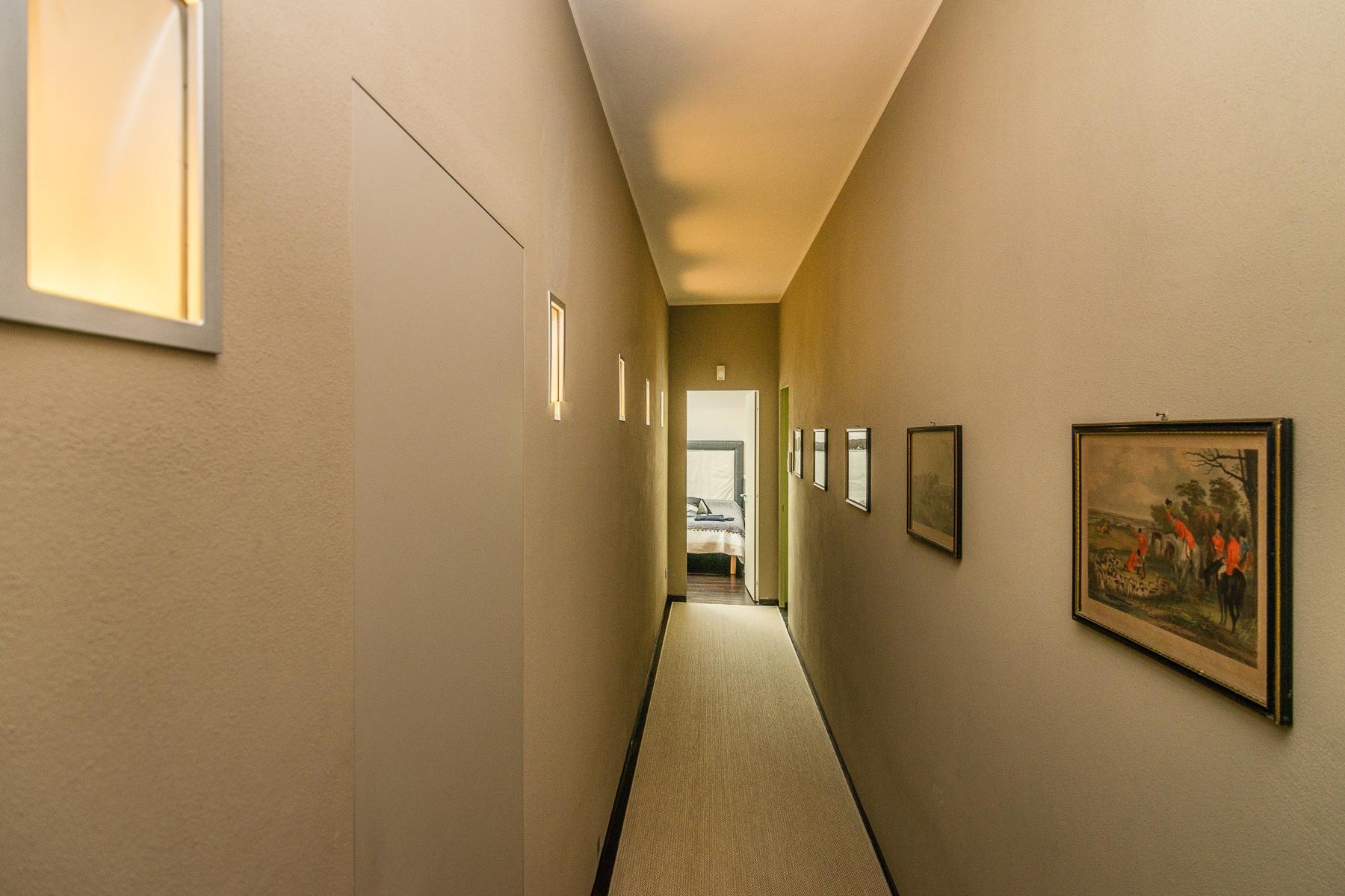 Villa in Vendita a Angera: 5 locali, 460 mq - Foto 16