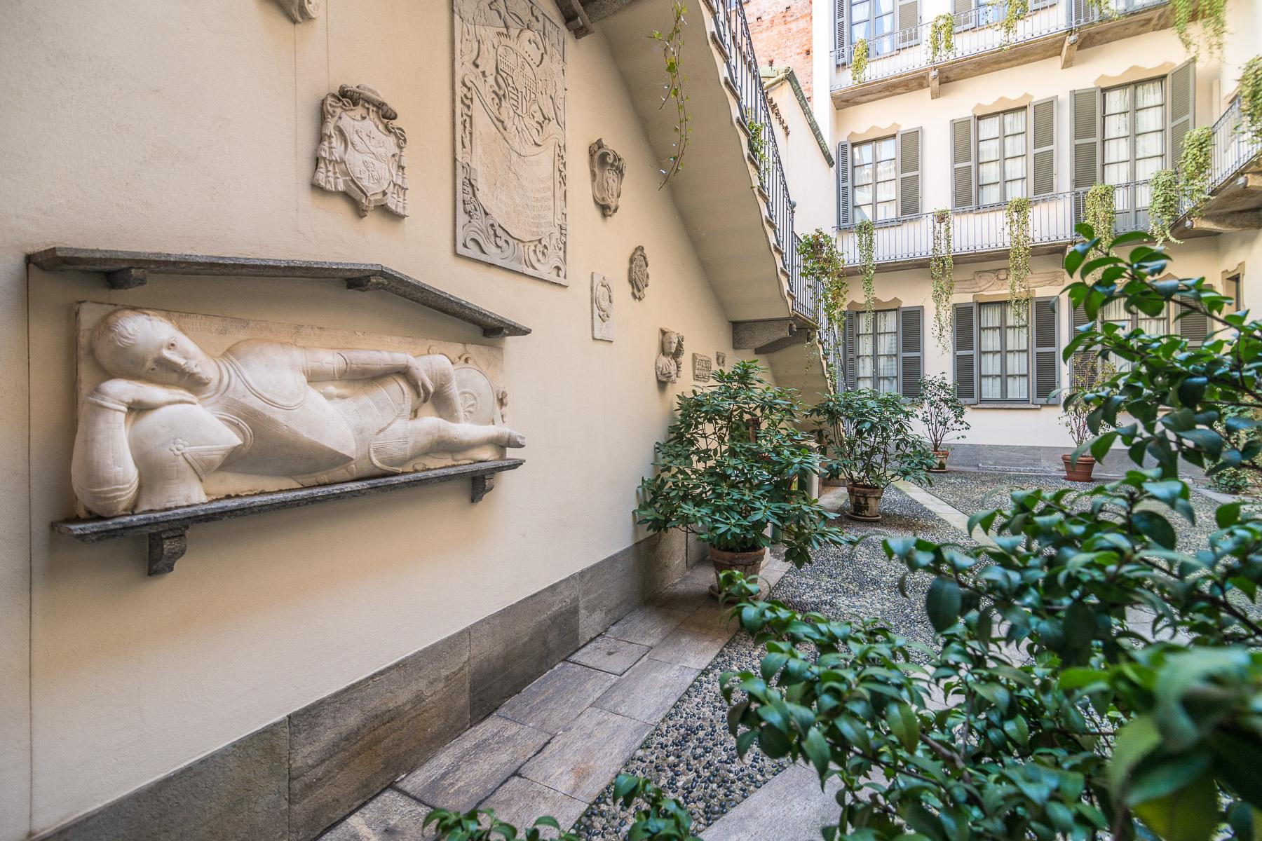 Appartamento in Affitto a Milano: 5 locali, 350 mq - Foto 2