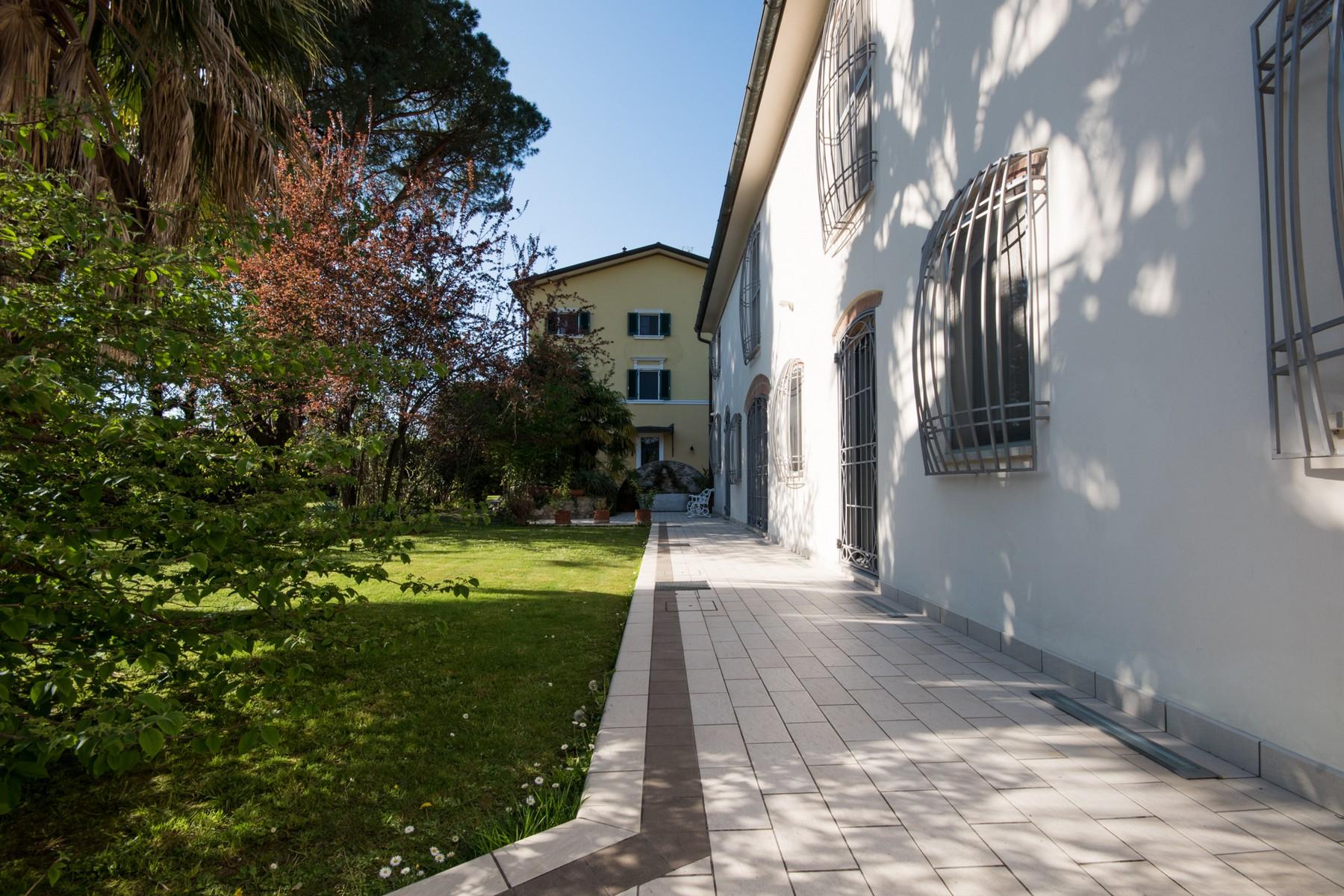 Villa in Vendita a Pietrasanta: 5 locali, 600 mq - Foto 2