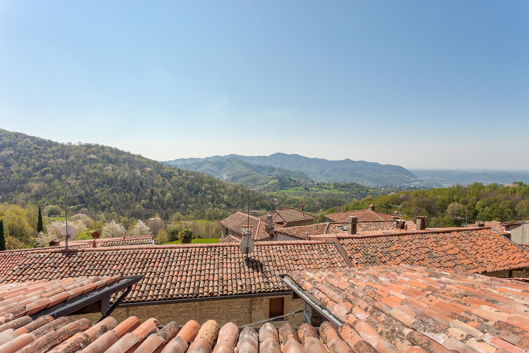 Casa indipendente in Vendita a Caprino Bergamasco: 5 locali, 500 mq - Foto 17