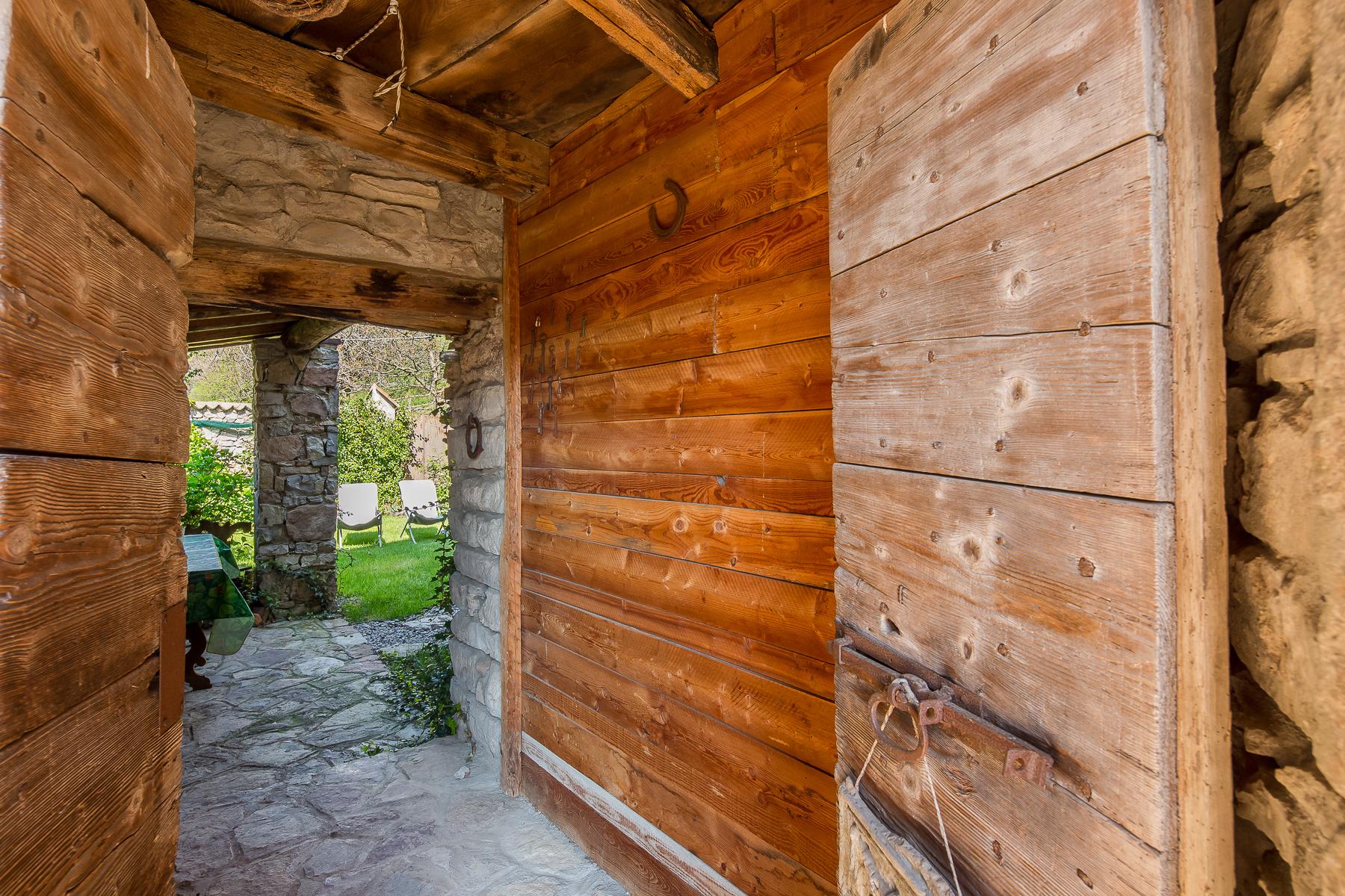 Casa indipendente in Vendita a Caprino Bergamasco: 5 locali, 500 mq - Foto 12