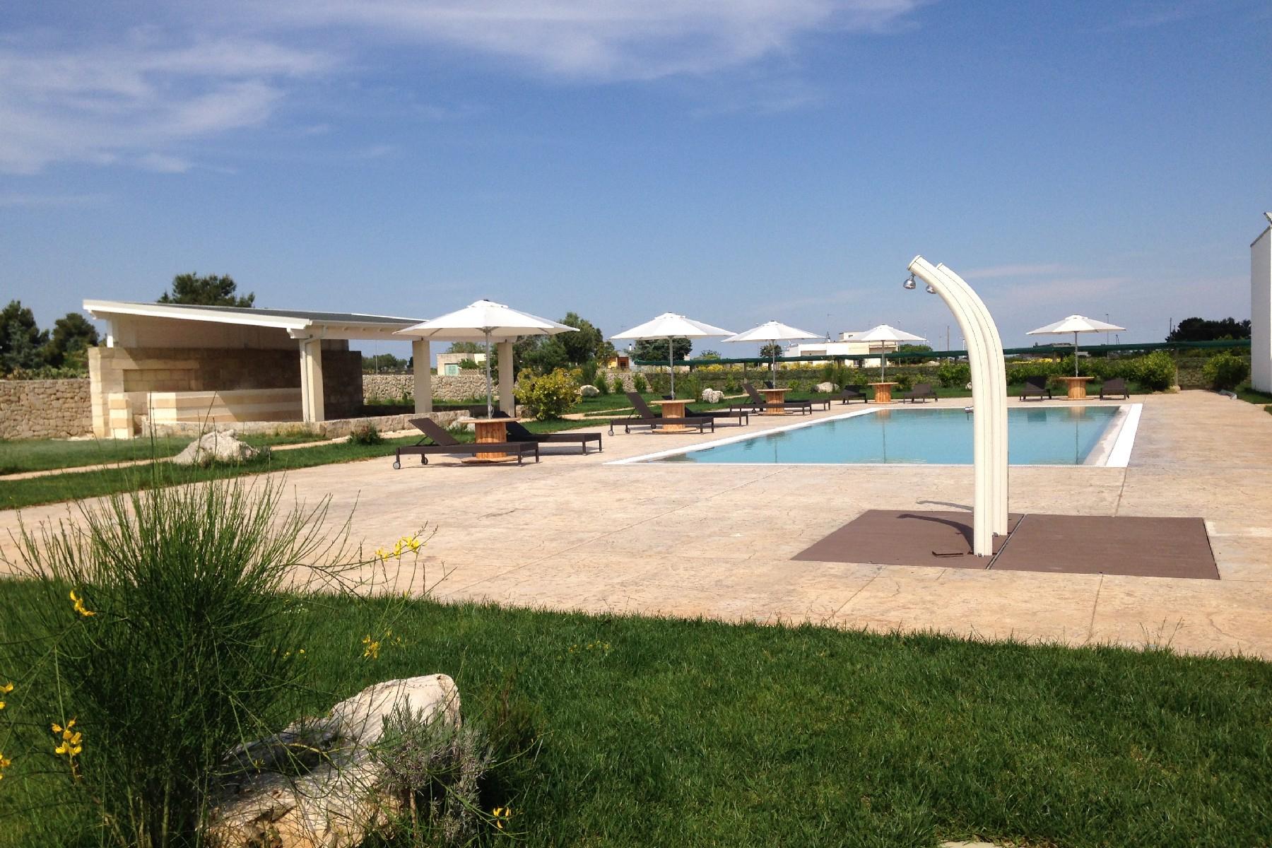 Villa in Vendita a Martano: 5 locali, 850 mq - Foto 4