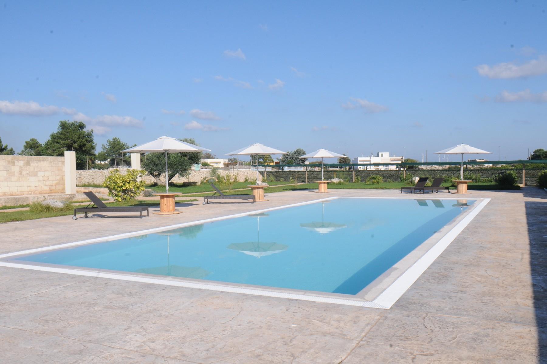 Villa in Vendita a Martano: 5 locali, 850 mq - Foto 2