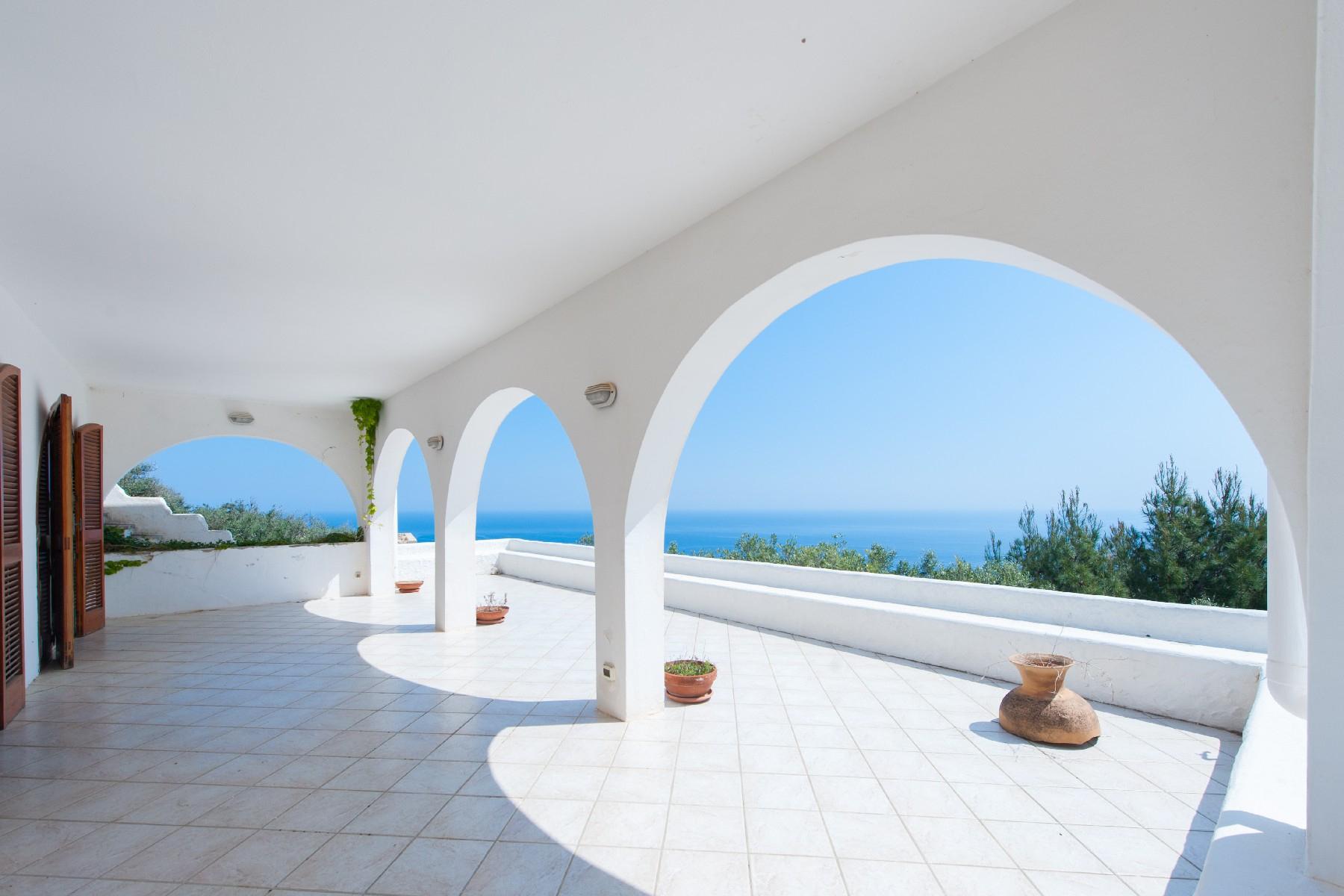 Villa in Vendita a Gagliano Del Capo: 5 locali, 220 mq
