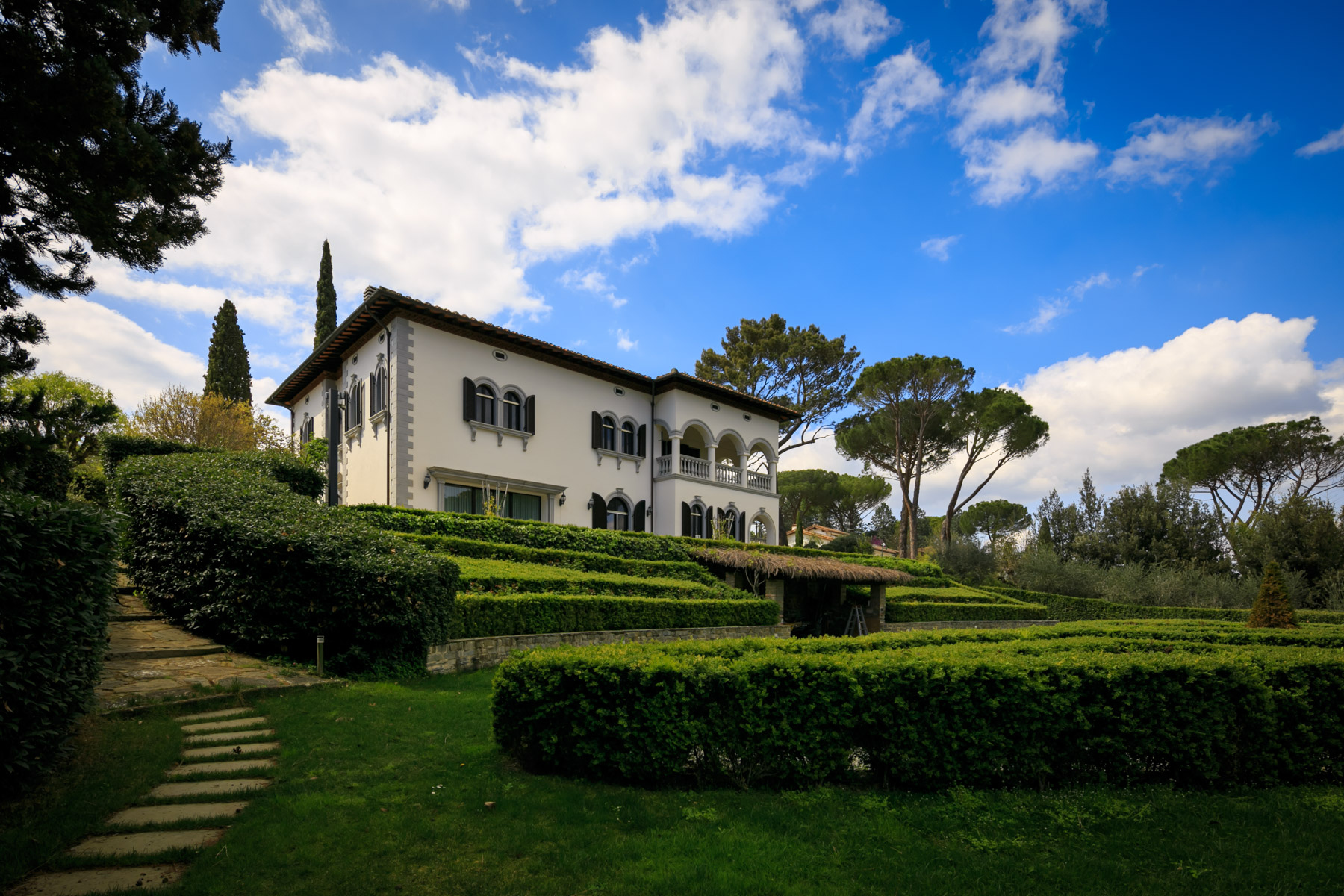 Villa in Vendita a Firenze piazza piazzale della porta romana