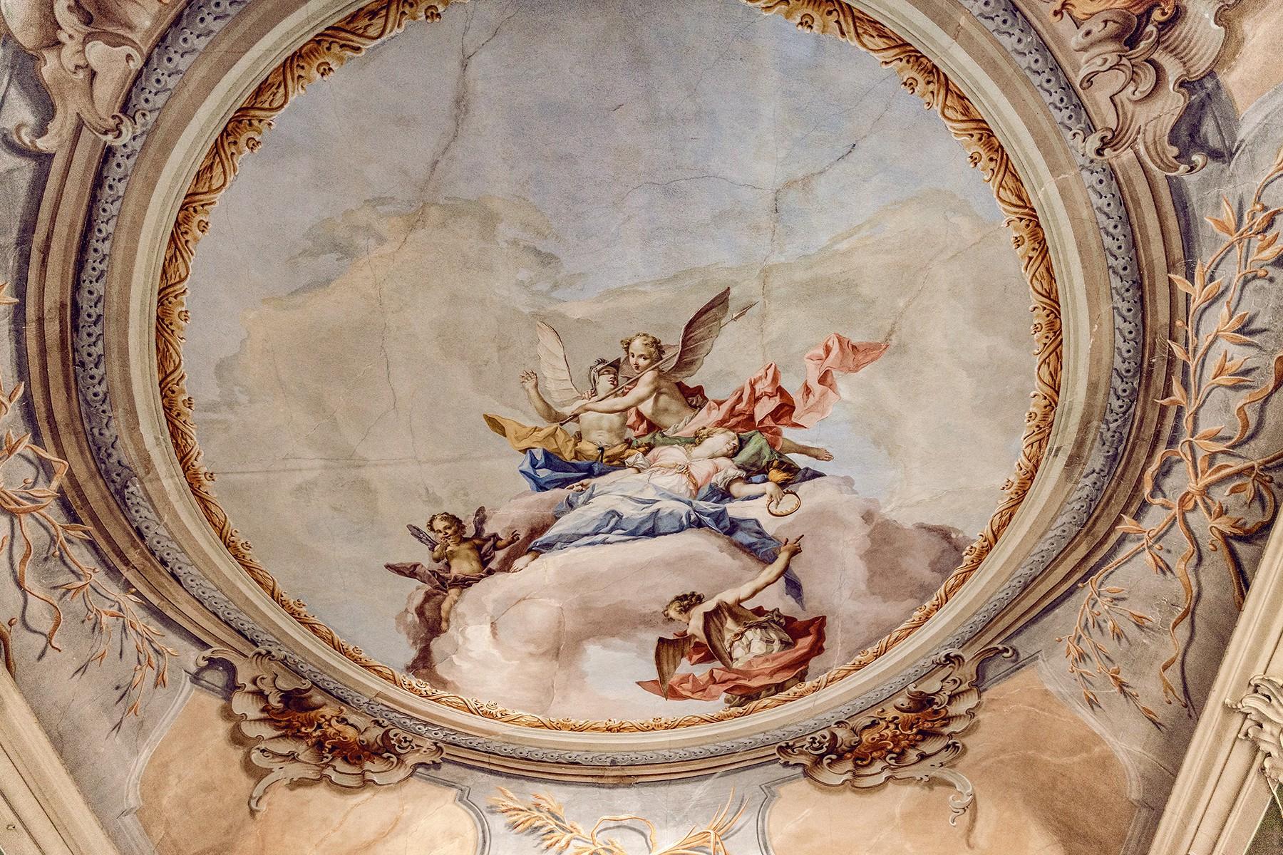 Palazzo in Vendita a Verona: 5 locali, 2000 mq - Foto 2