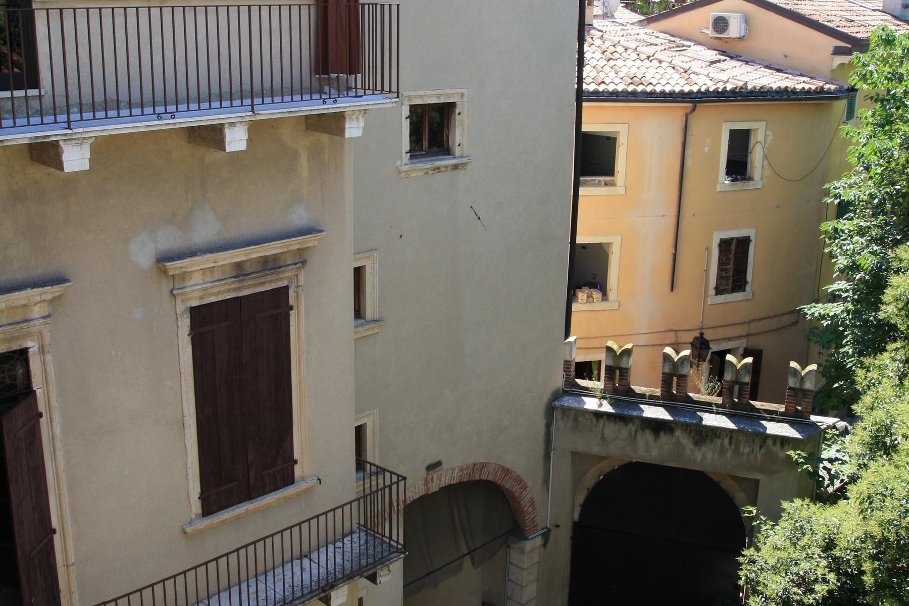 Appartamento in Vendita a Verona: 5 locali, 700 mq - Foto 7