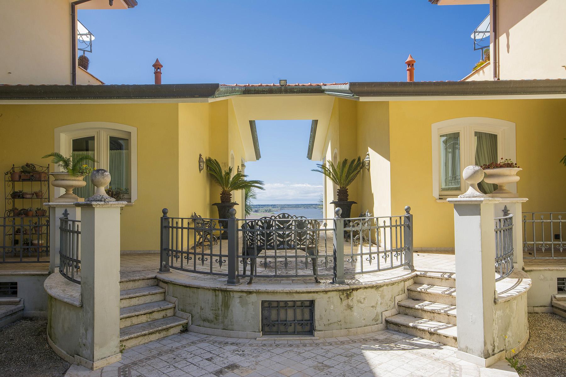 Villa in Vendita a Massarosa via di massaciuccoli
