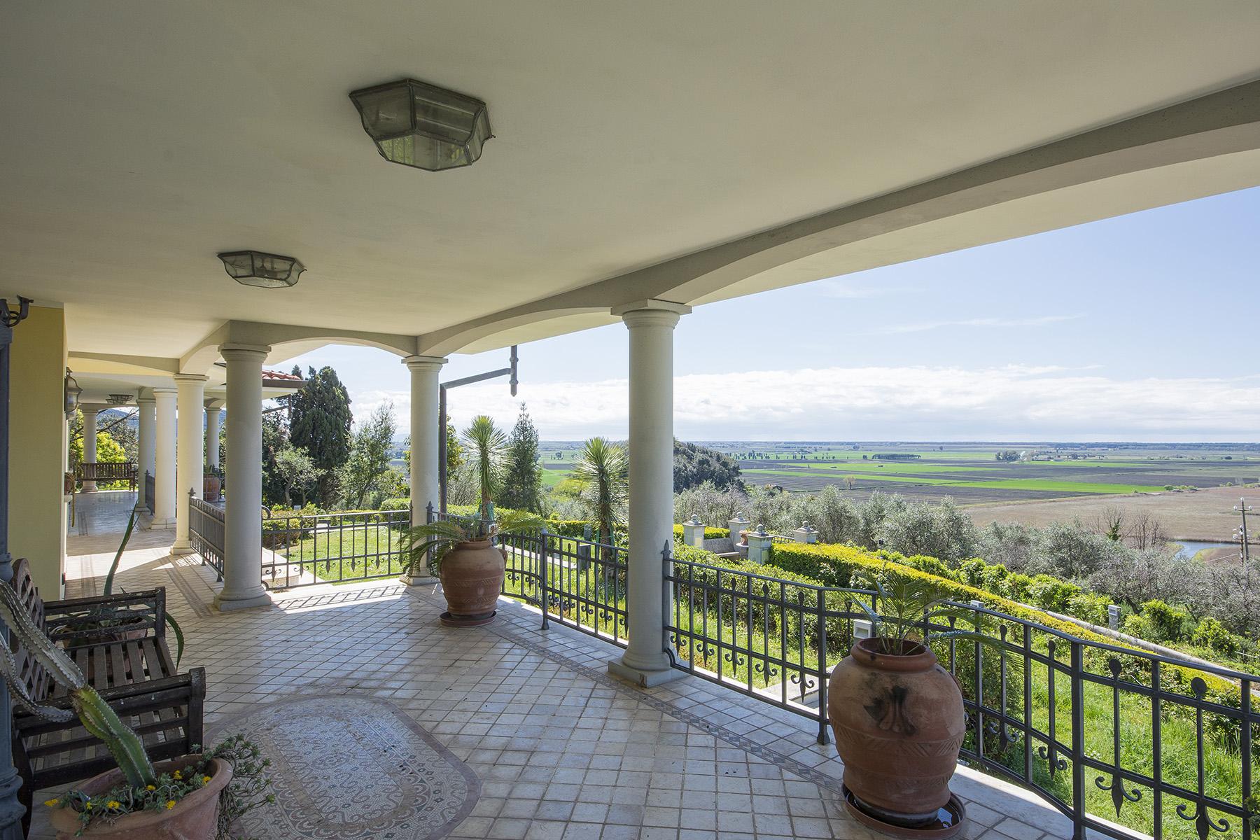 Villa in Vendita a Massarosa: 5 locali, 600 mq - Foto 2