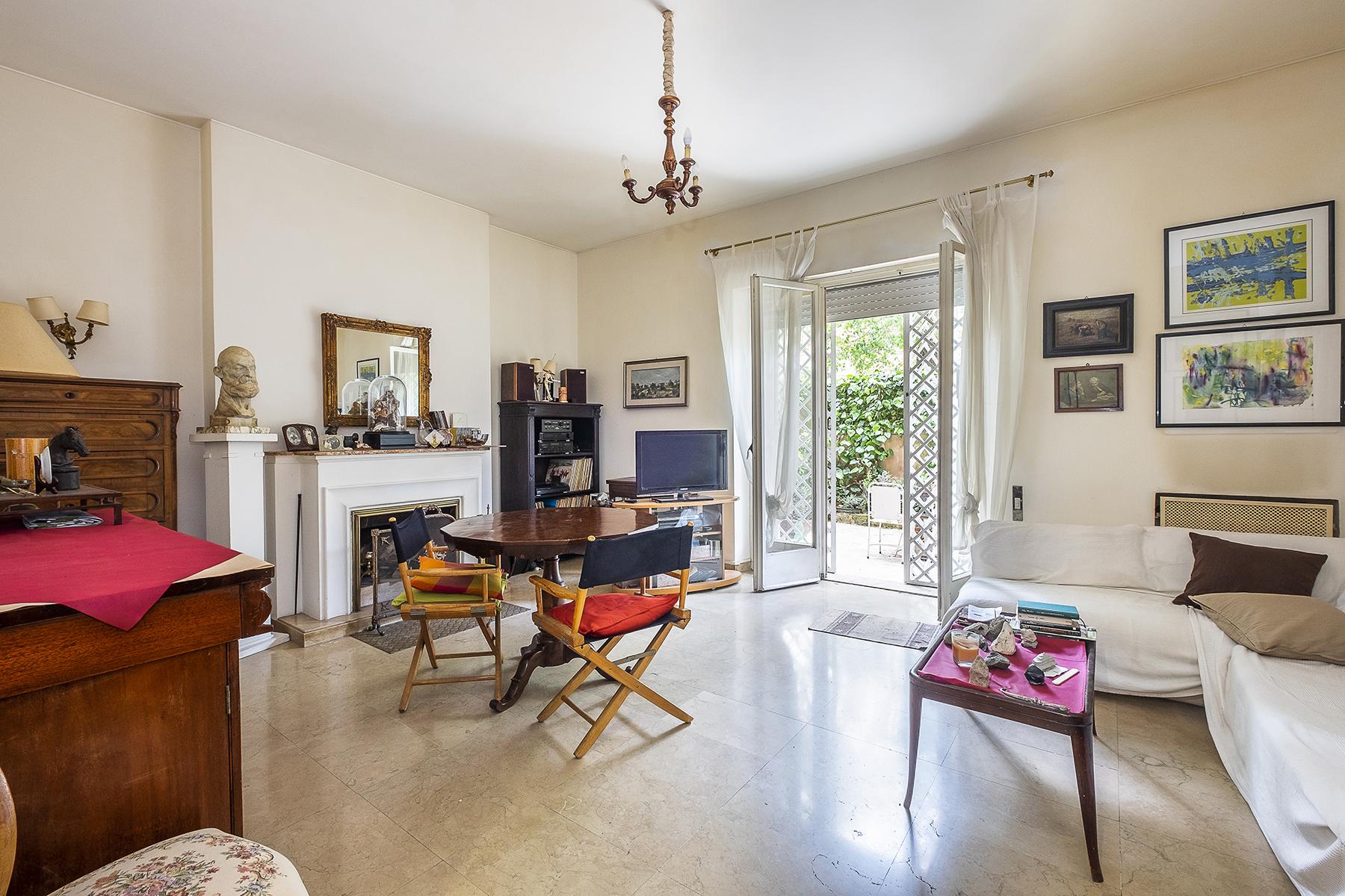 Appartamento in Vendita a Roma 28 Trastevere / Testaccio: 4 locali, 80 mq