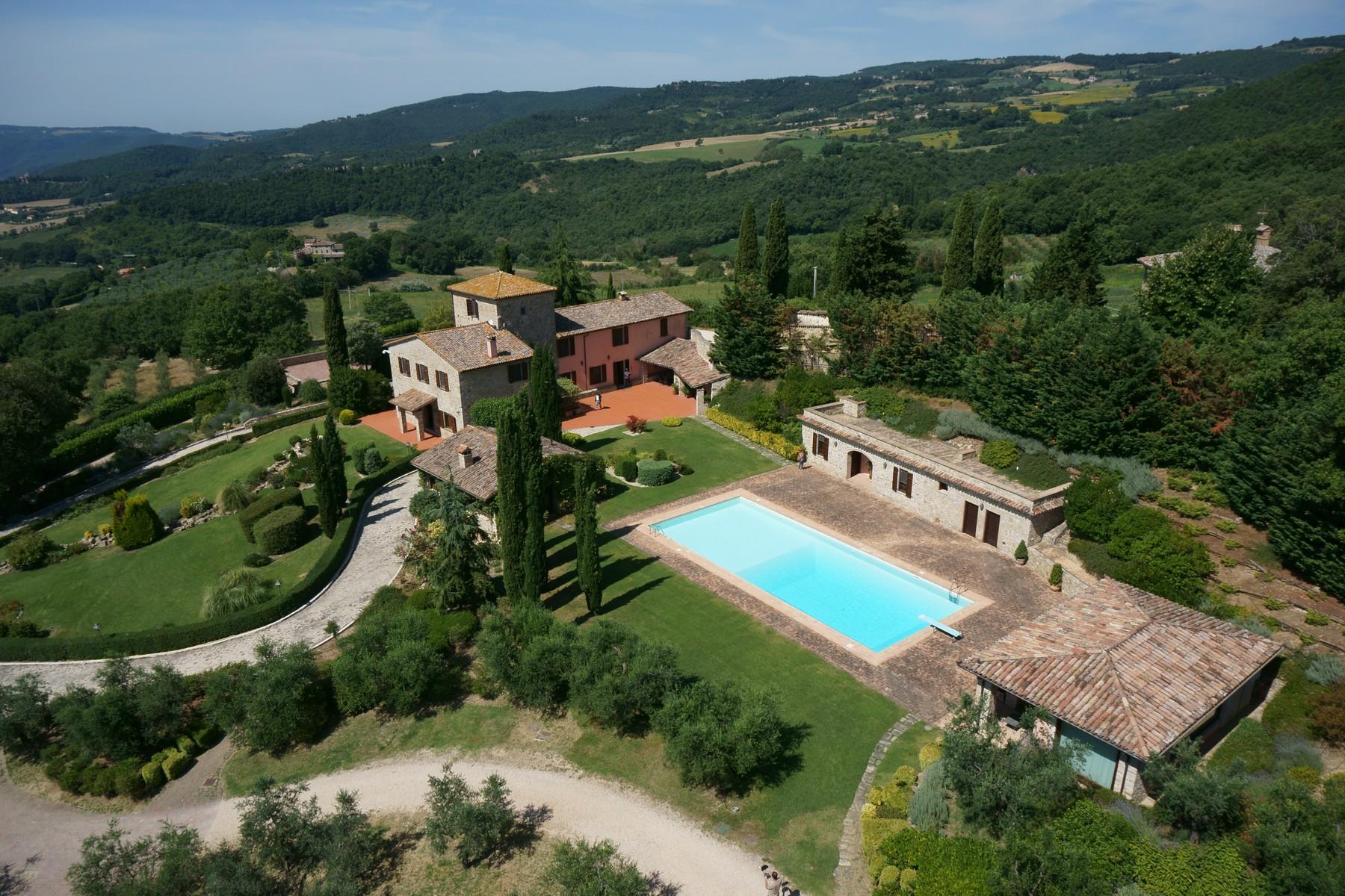 Villa in Vendita a Todi: 5 locali, 1078 mq - Foto 8