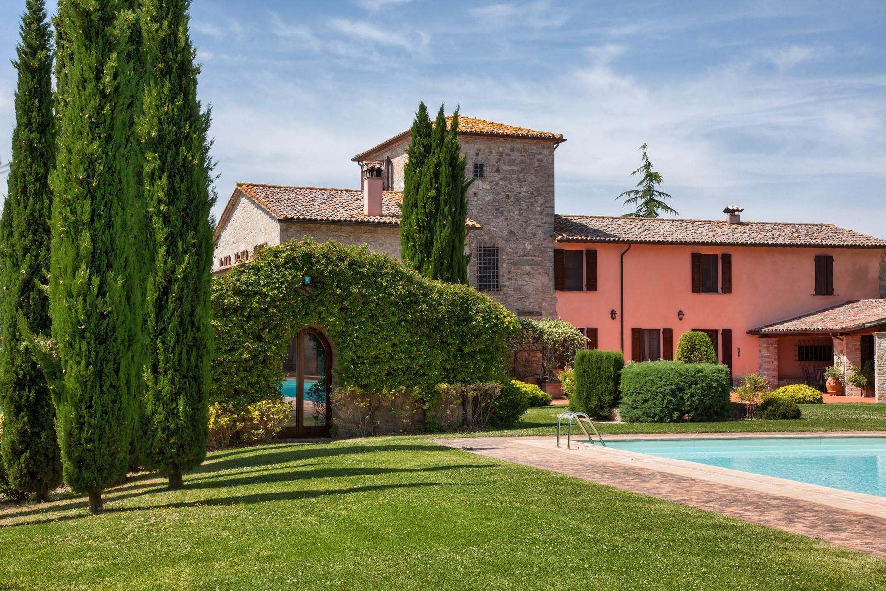 Villa in Vendita a Todi: 5 locali, 1078 mq - Foto 9