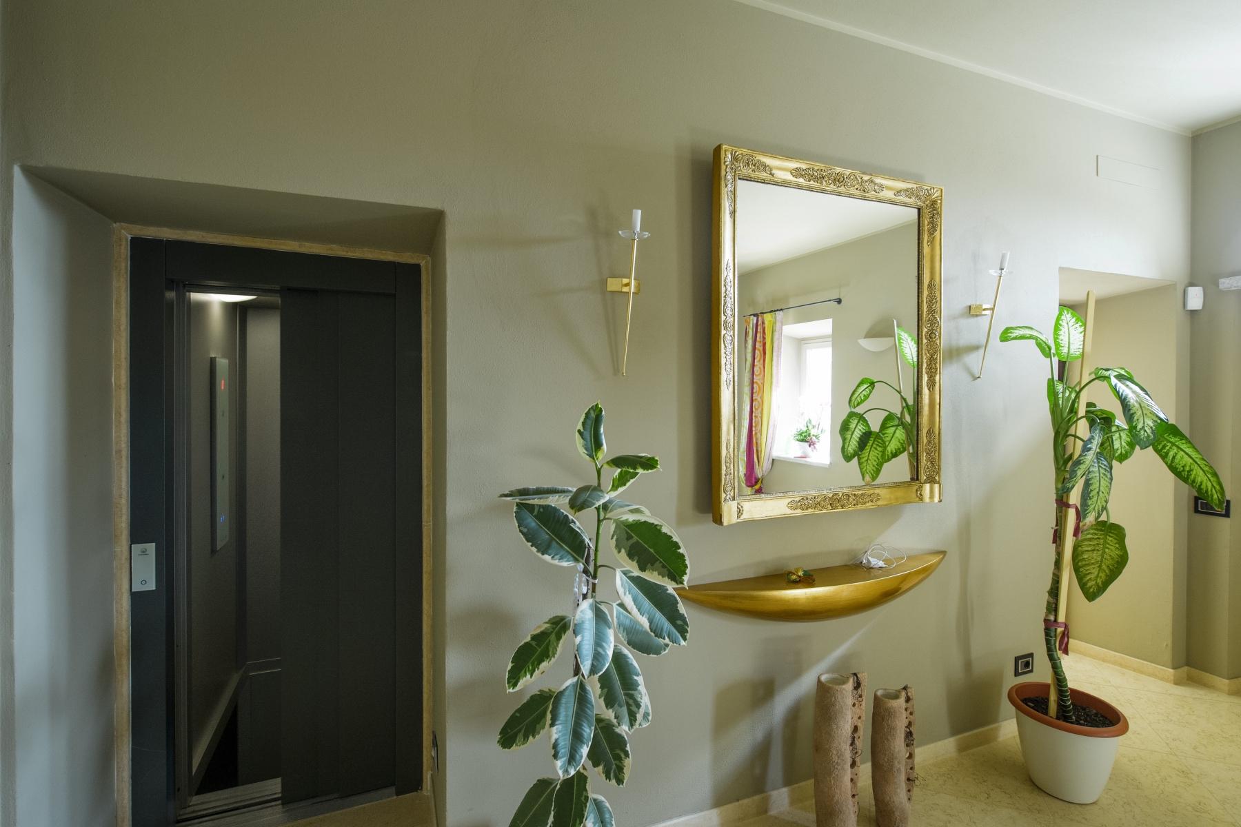 Casa indipendente in Vendita a Agrate Conturbia: 5 locali, 400 mq - Foto 12