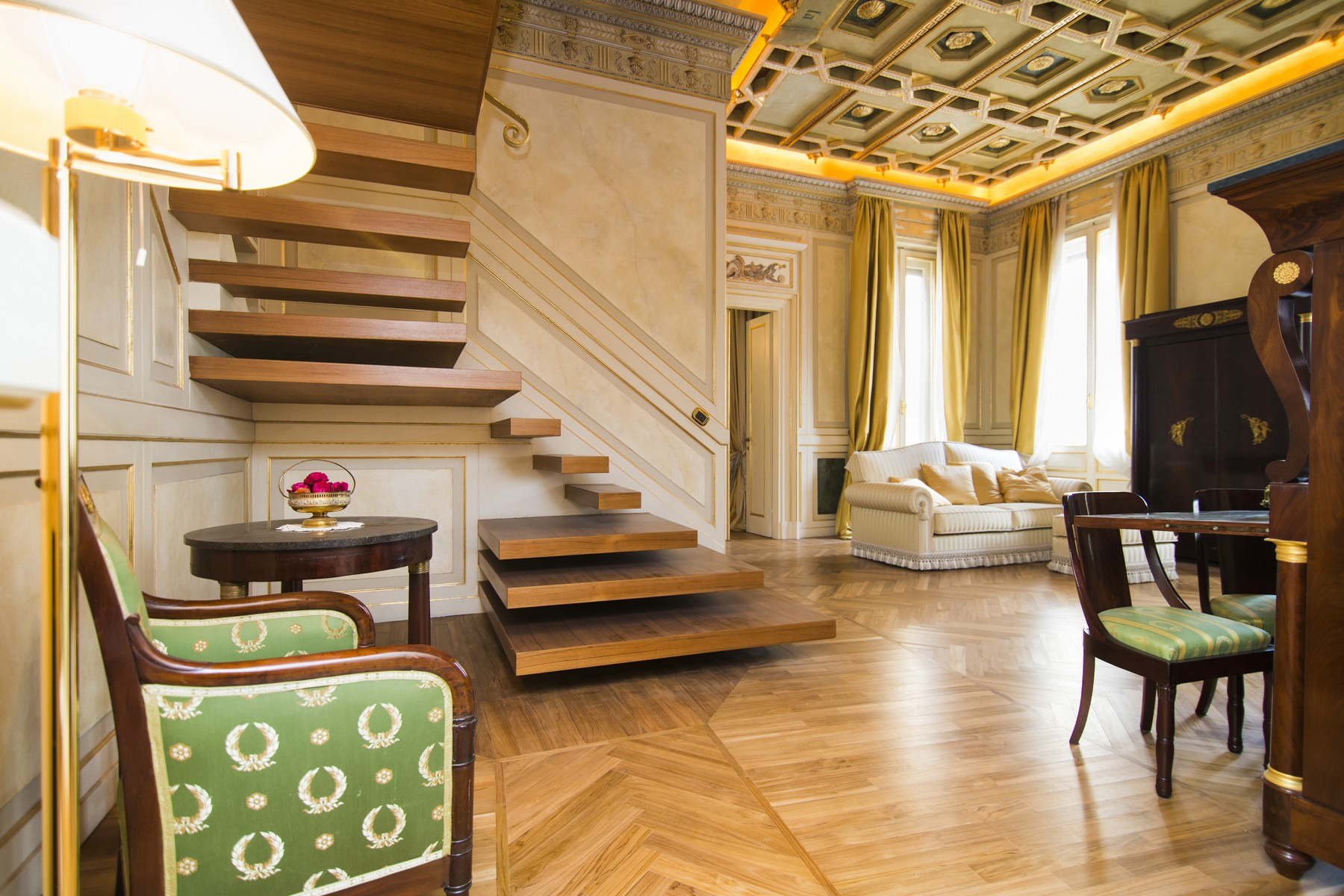 Appartamento in Vendita a Milano: 4 locali, 158 mq - Foto 2