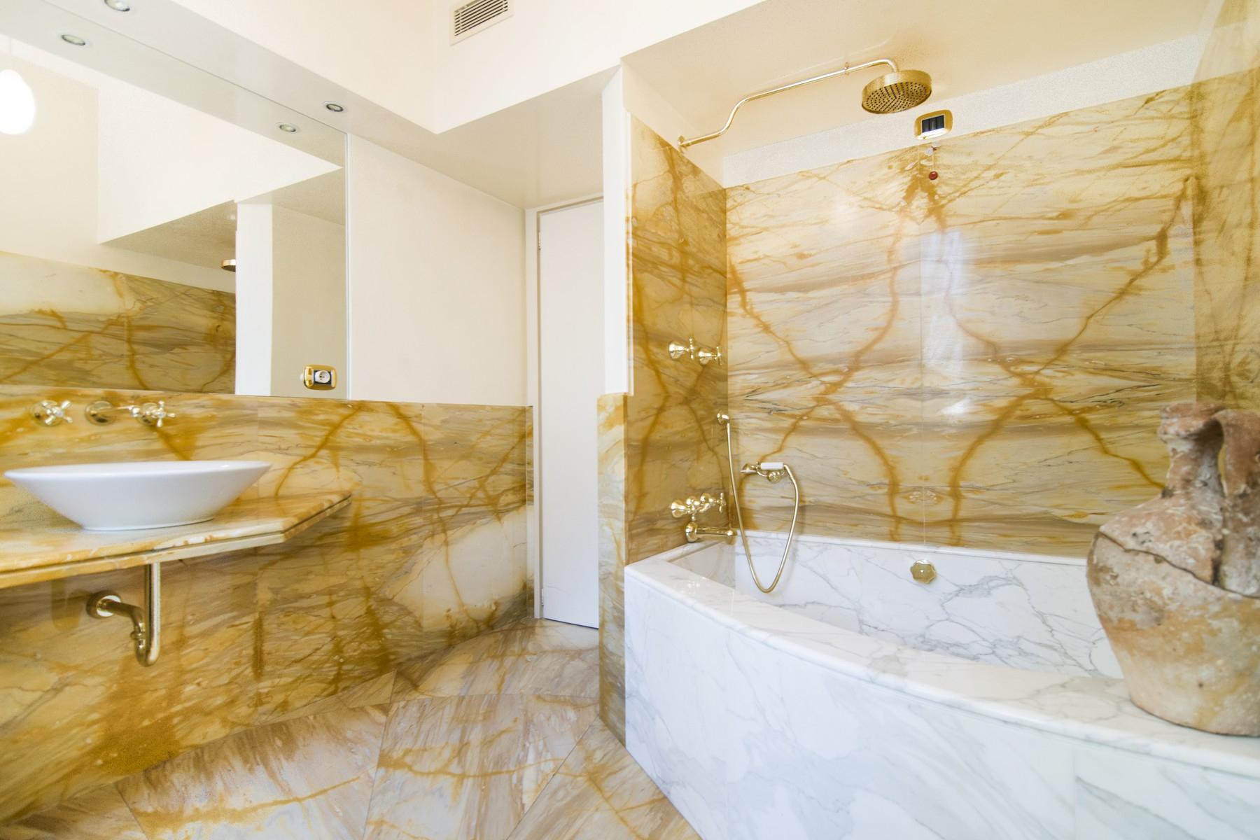Appartamento in Vendita a Milano: 4 locali, 158 mq - Foto 9