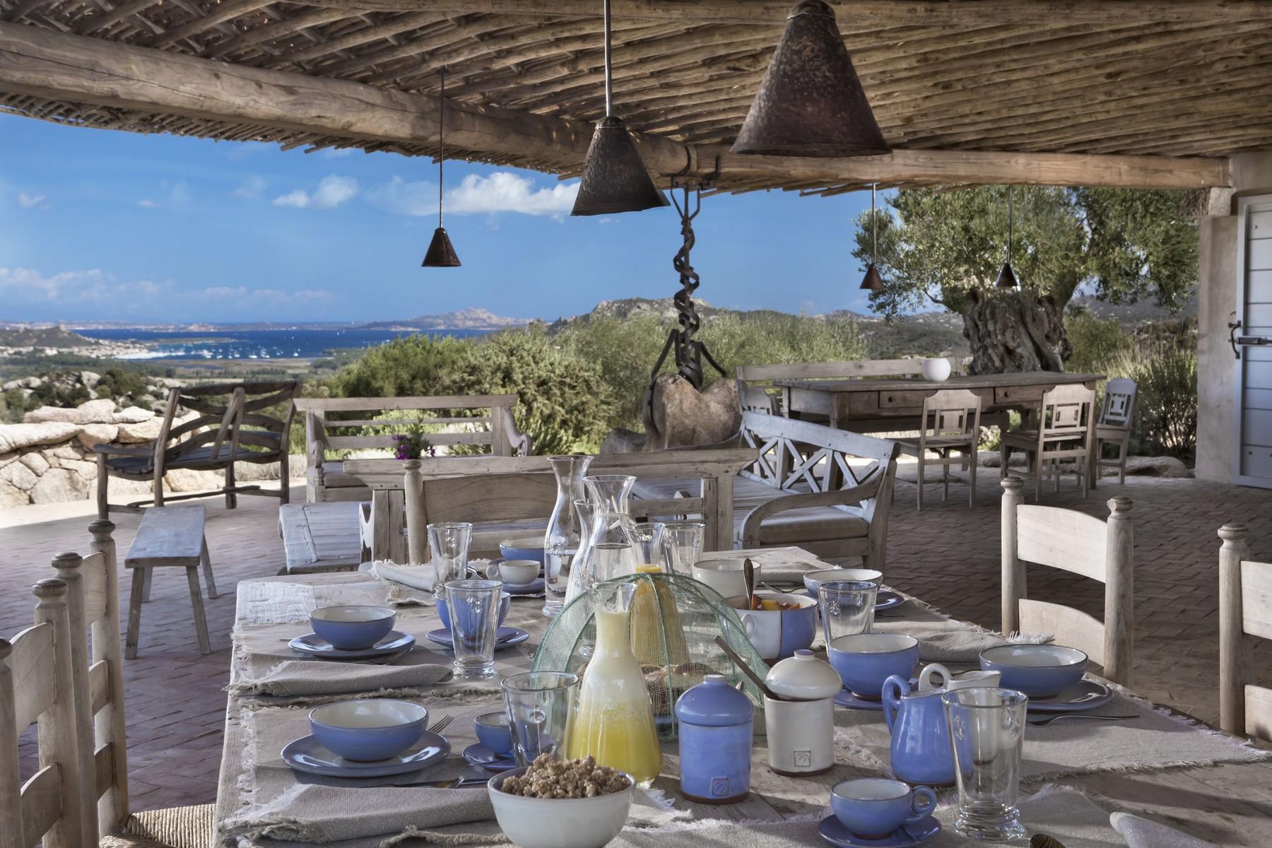 Villa in Vendita a Olbia: 5 locali, 945 mq - Foto 7