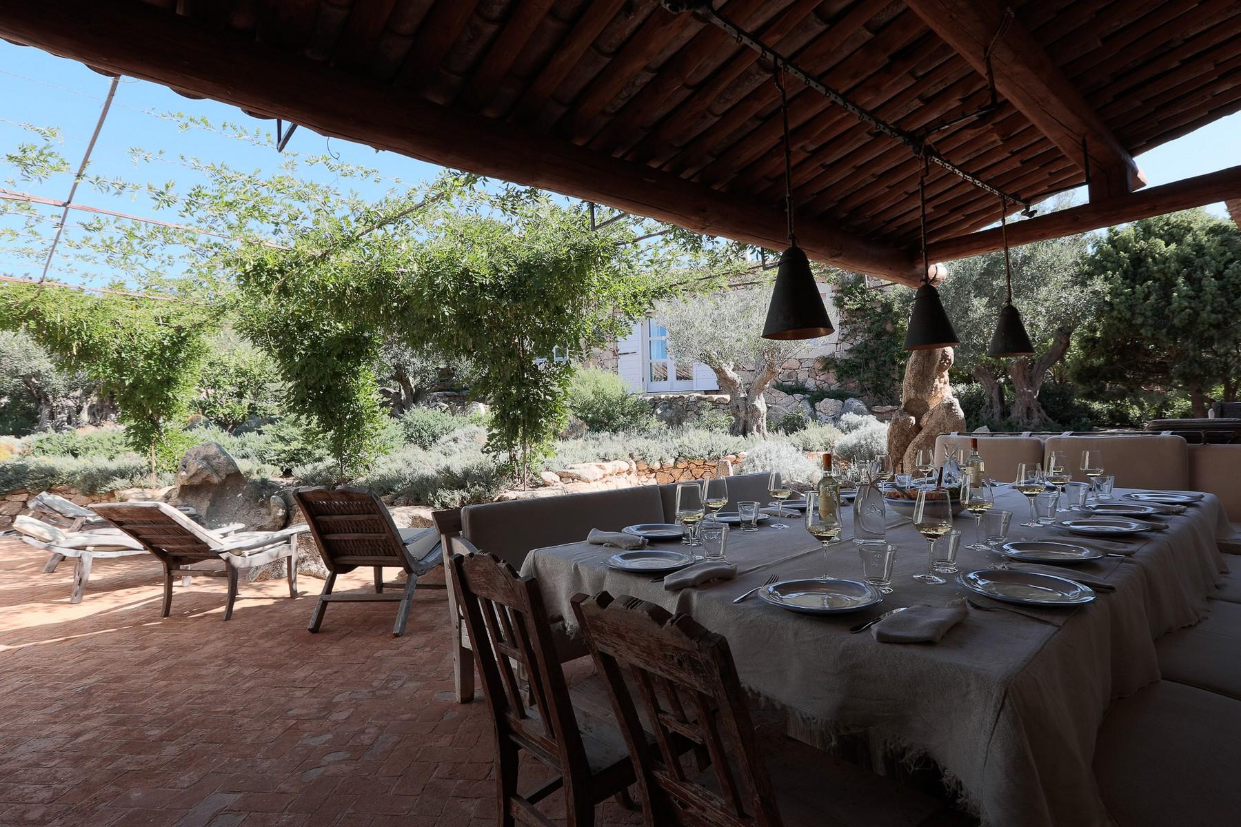 Villa in Vendita a Olbia: 5 locali, 945 mq - Foto 8