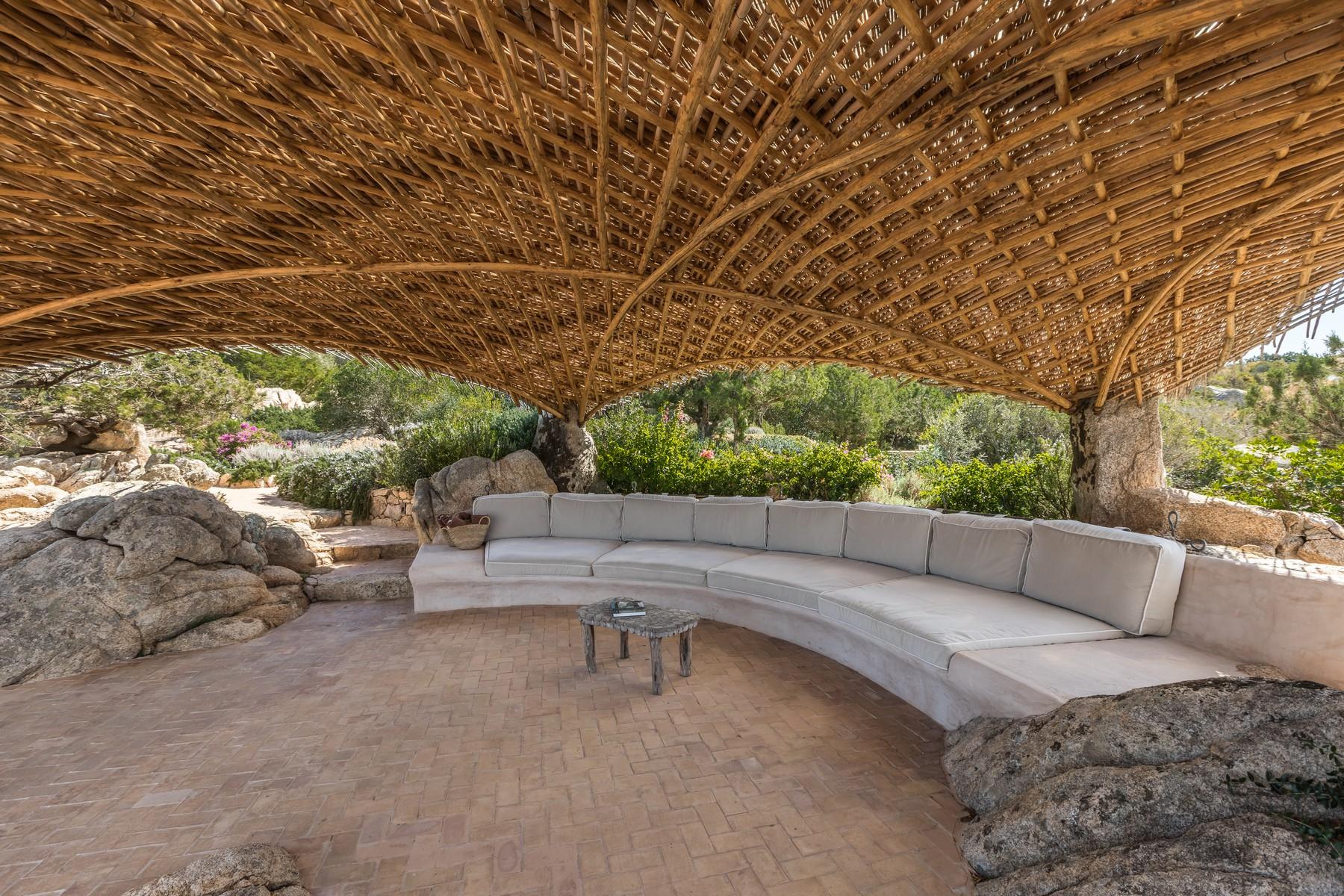 Villa in Vendita a Olbia: 5 locali, 945 mq - Foto 4