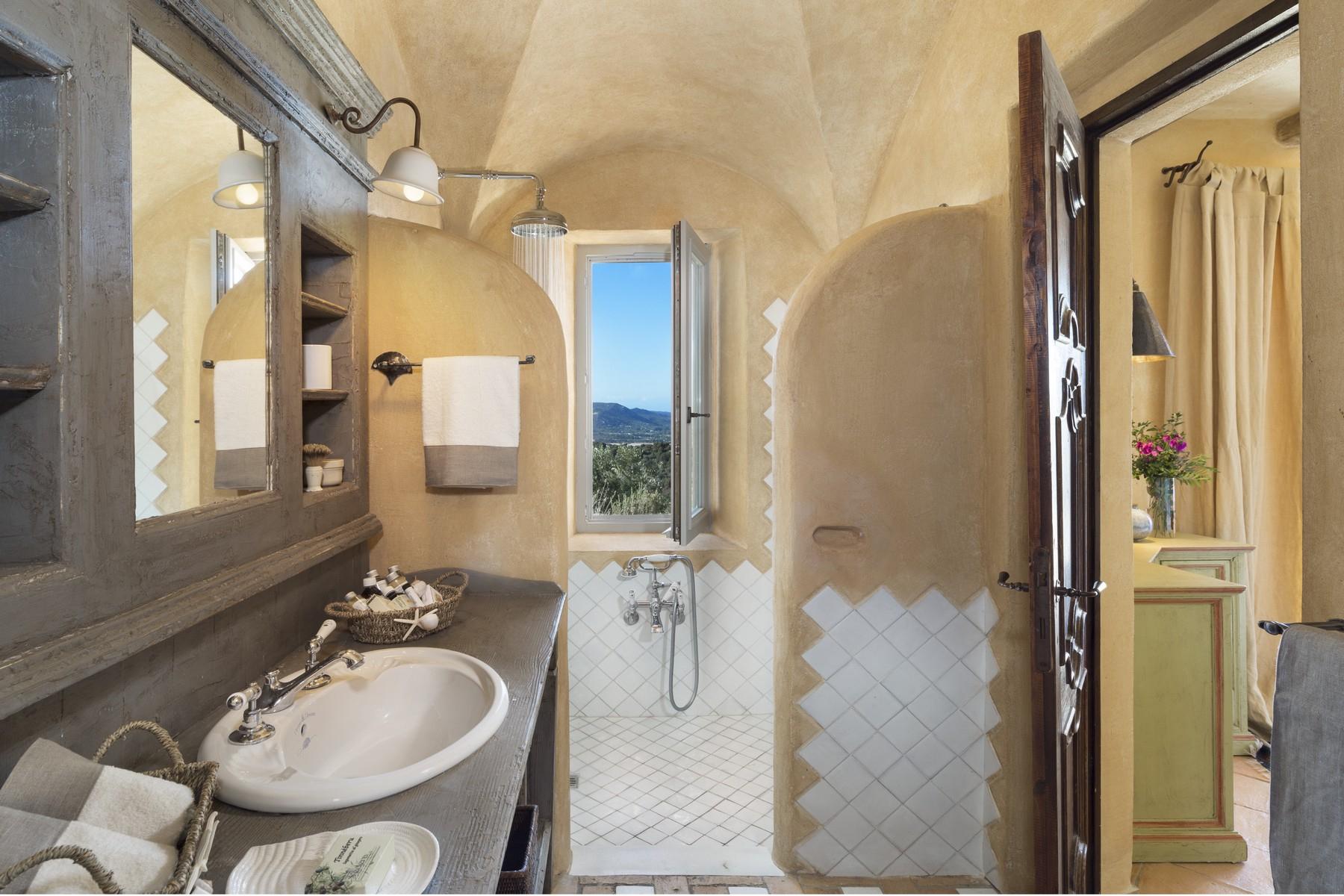 Villa in Vendita a Olbia: 5 locali, 945 mq - Foto 19