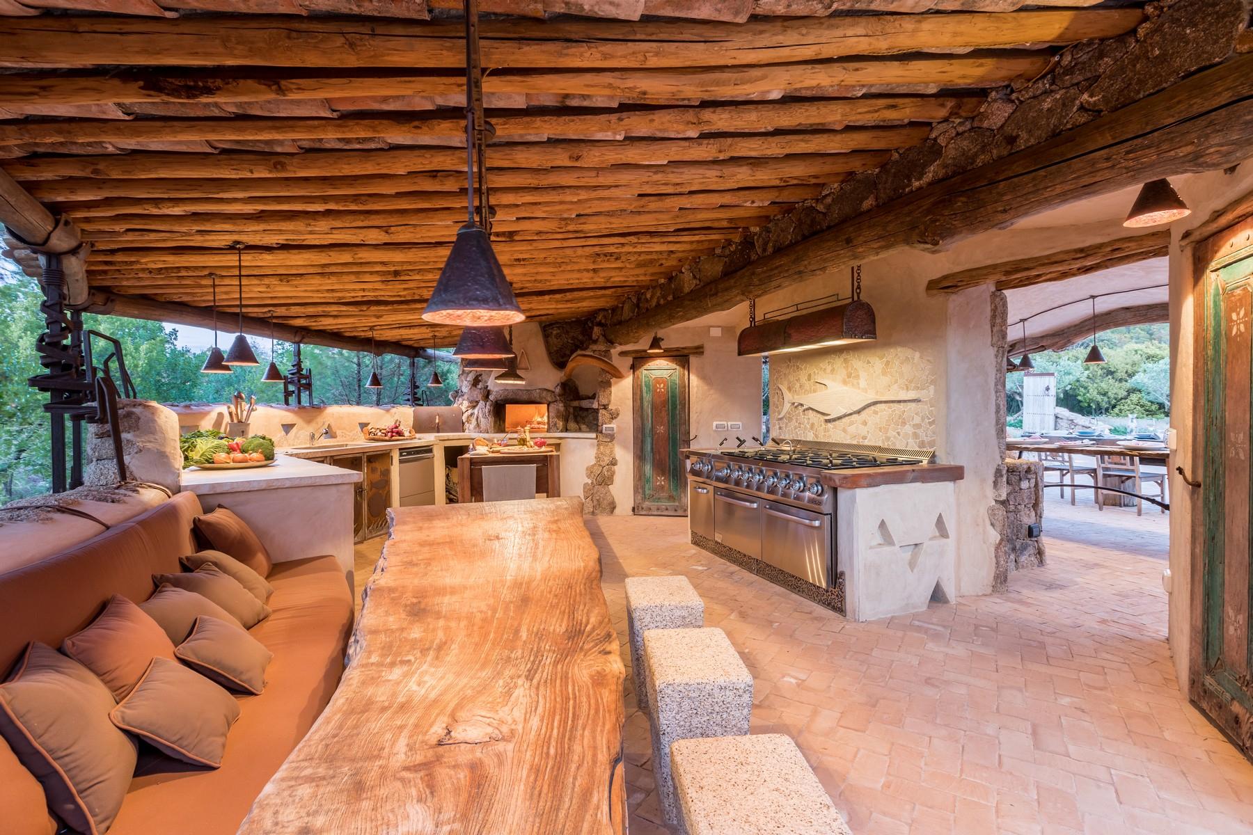 Villa in Vendita a Olbia: 5 locali, 945 mq - Foto 12