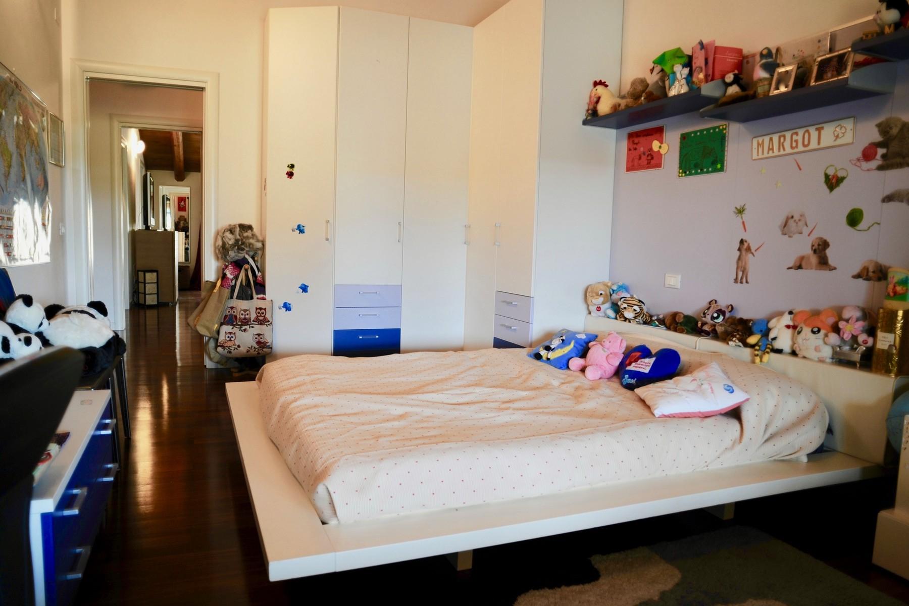 Casa indipendente in Vendita a Desenzano Del Garda: 5 locali, 300 mq - Foto 18