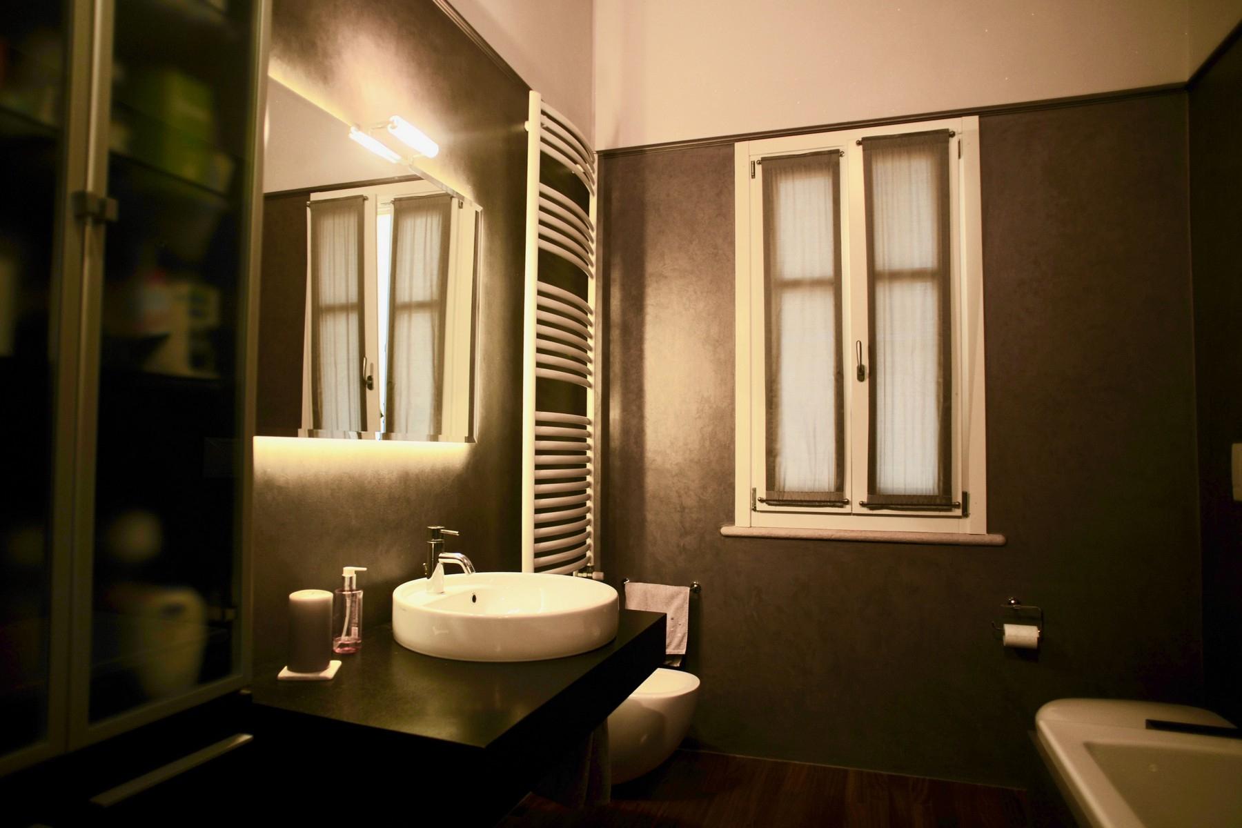 Casa indipendente in Vendita a Desenzano Del Garda: 5 locali, 300 mq - Foto 12