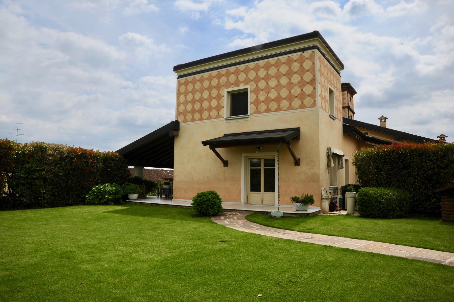Casa indipendente in Vendita a Desenzano Del Garda: 5 locali, 300 mq - Foto 4