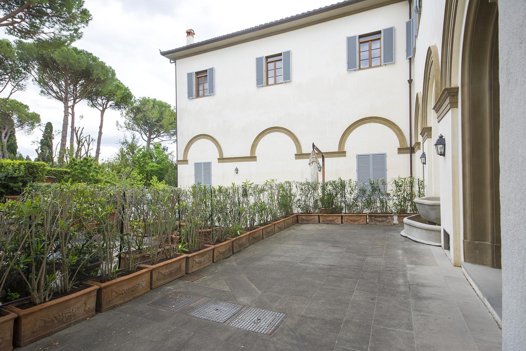 Appartamento in Vendita a Sesto Fiorentino via degli strozzi