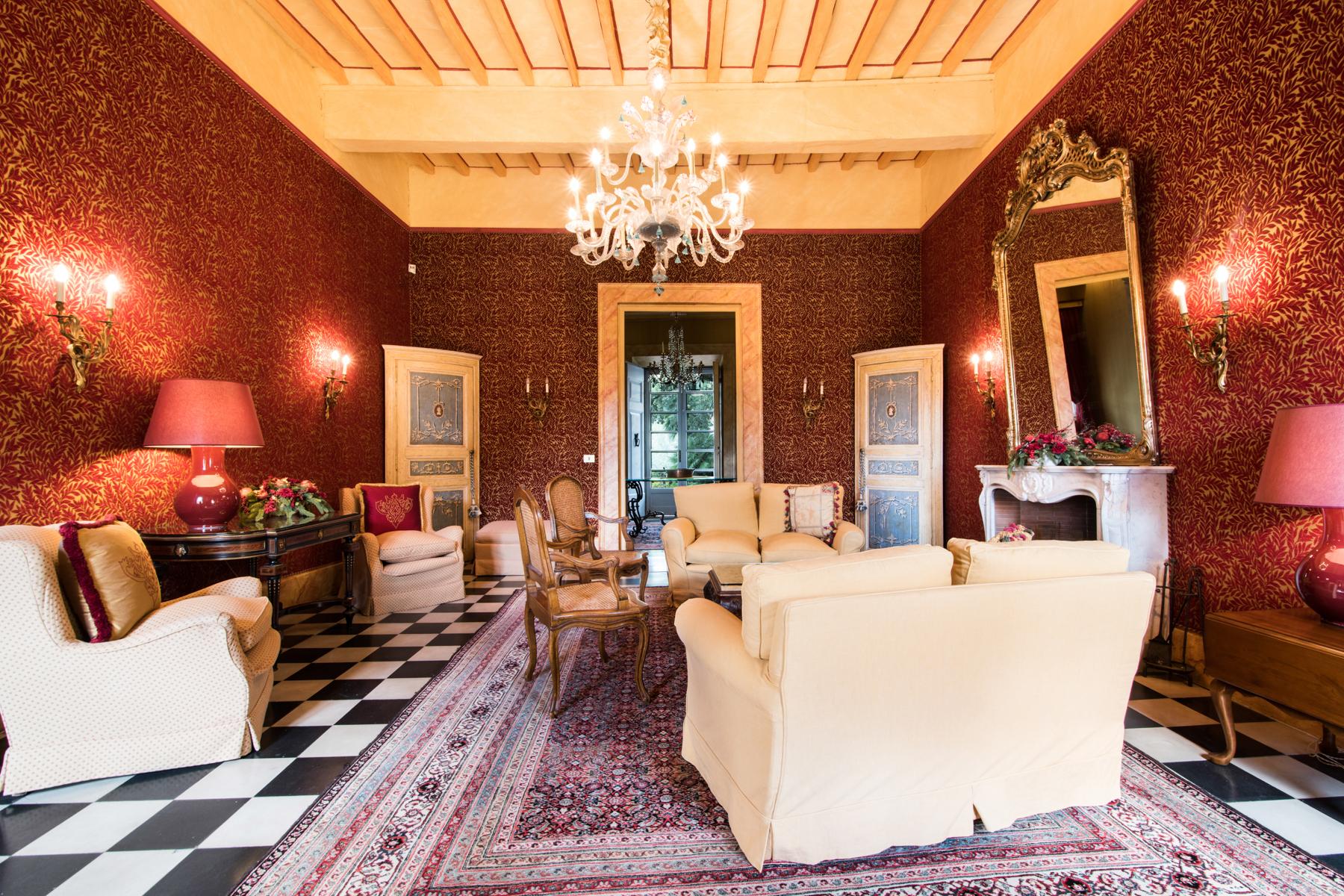 Villa in Vendita a Lucca: 5 locali, 1065 mq - Foto 8