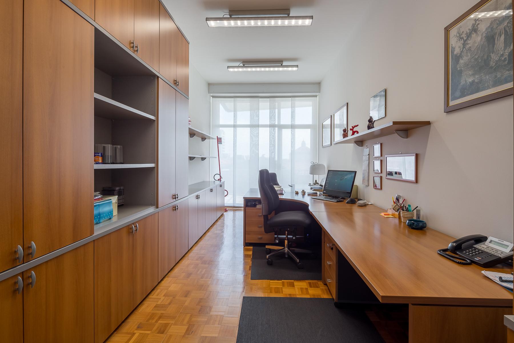 Ufficio-studio in Affitto a Milano: 5 locali, 210 mq - Foto 9