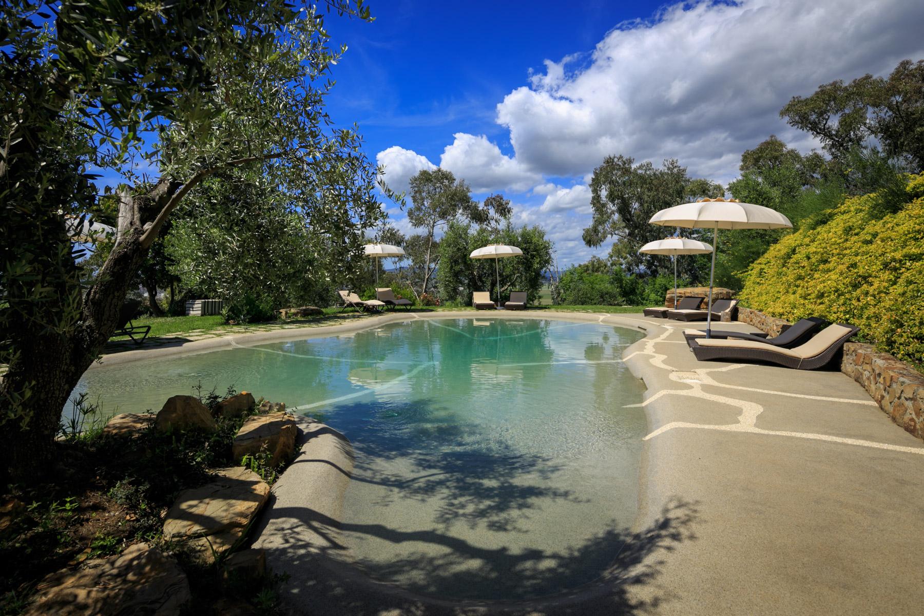 Villa in Vendita a Scarlino: 5 locali, 400 mq