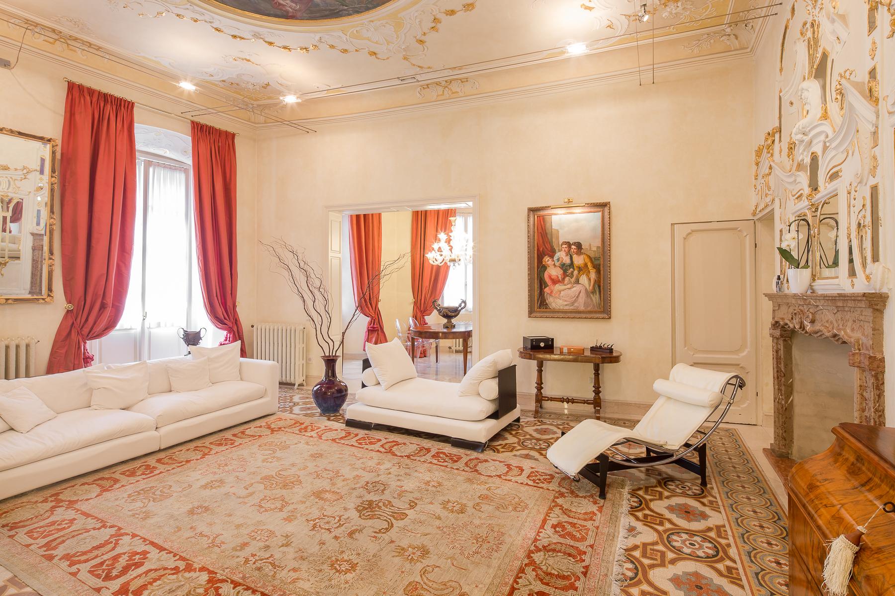 Appartamento in Vendita a Bergamo: 5 locali, 320 mq
