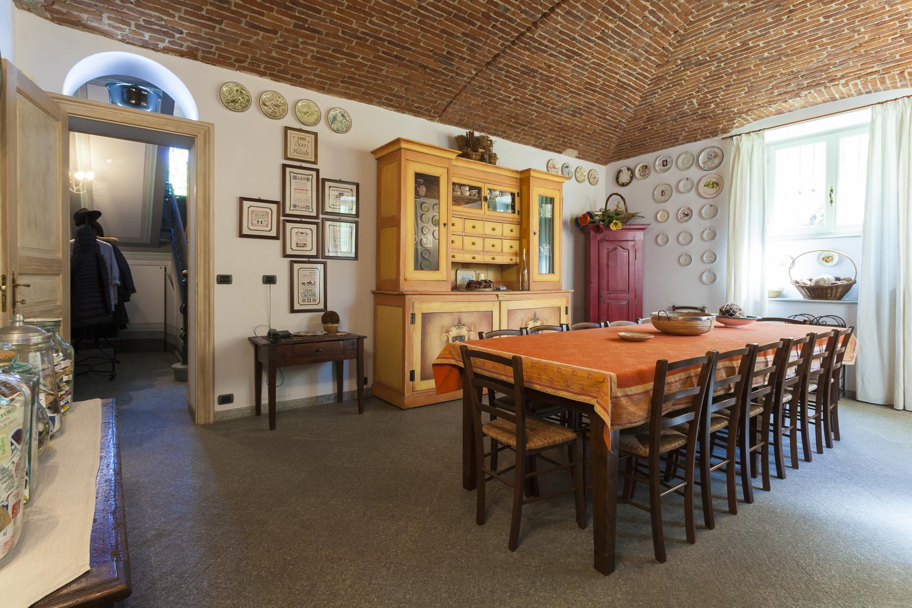 Villa in Vendita a Rivoli: 5 locali, 450 mq - Foto 29