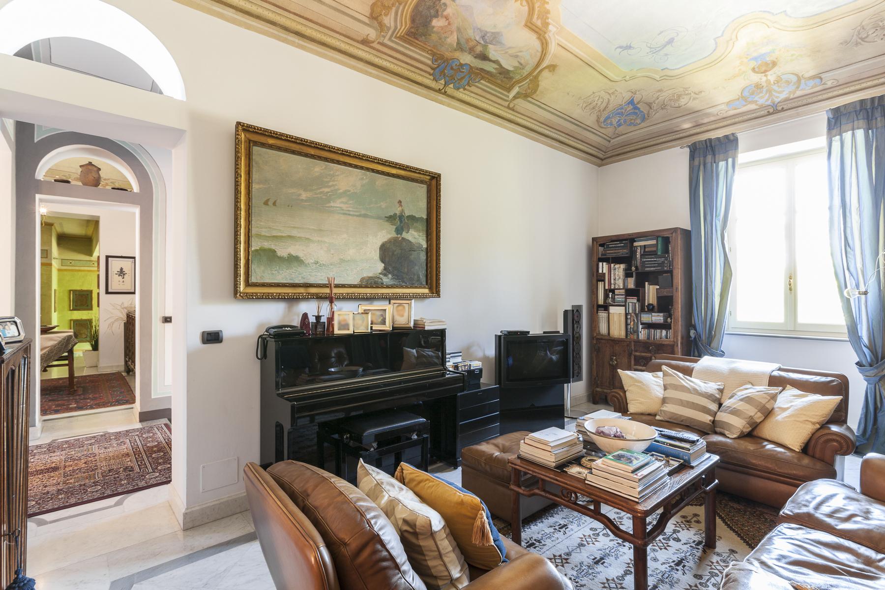 Villa in Vendita a Rivoli: 5 locali, 450 mq - Foto 4