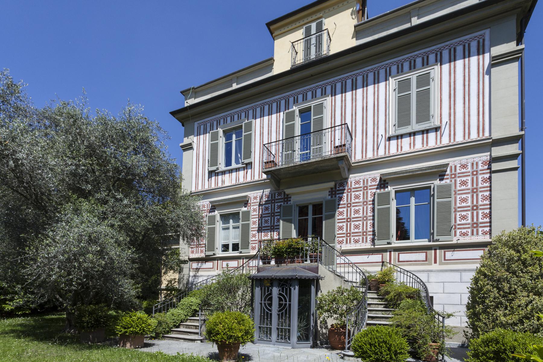 Villa in Vendita a Rivoli: 5 locali, 450 mq